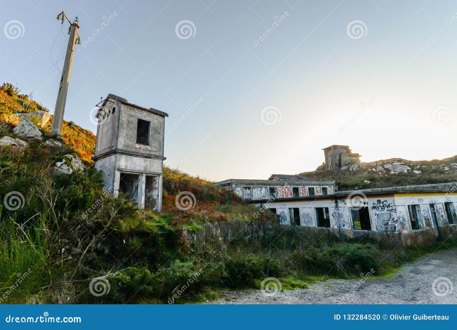 Stara militarna baza - Baiona