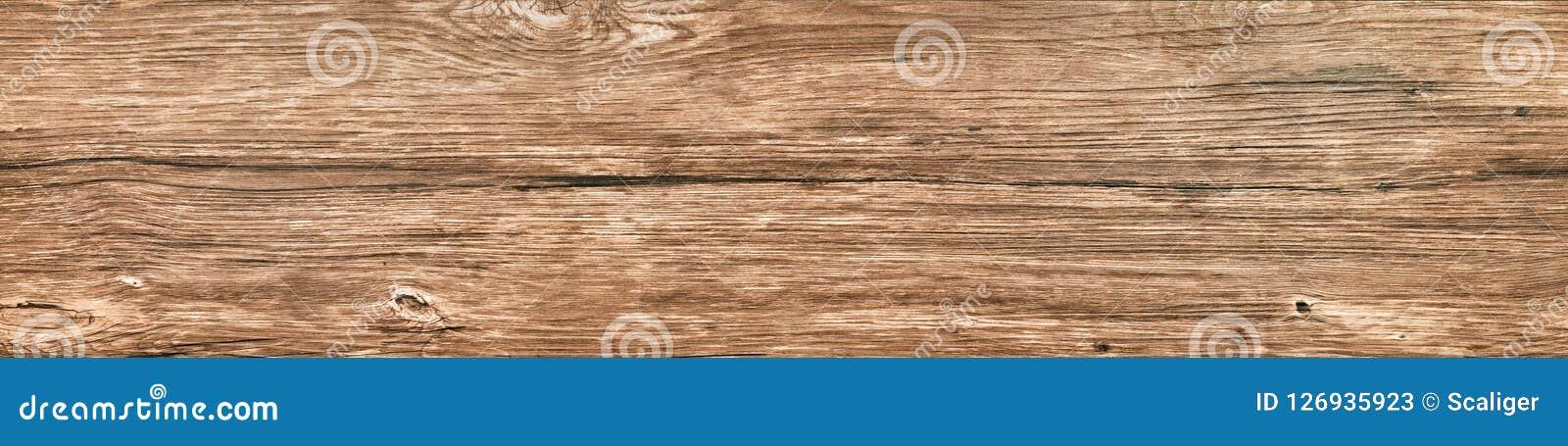Stara supłająca długa deska drewniany zakończenie