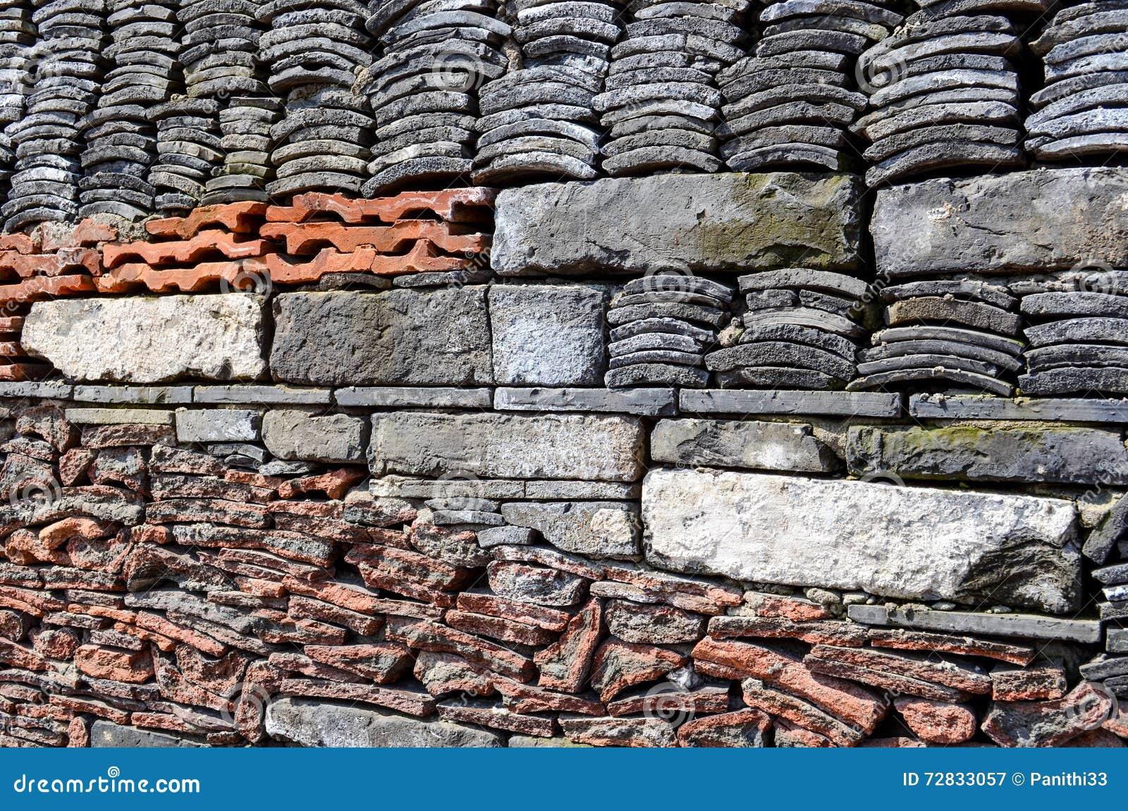 Stare płytki, Przetwarzający kamień i cegły na ścianie Ningbo muzeum,