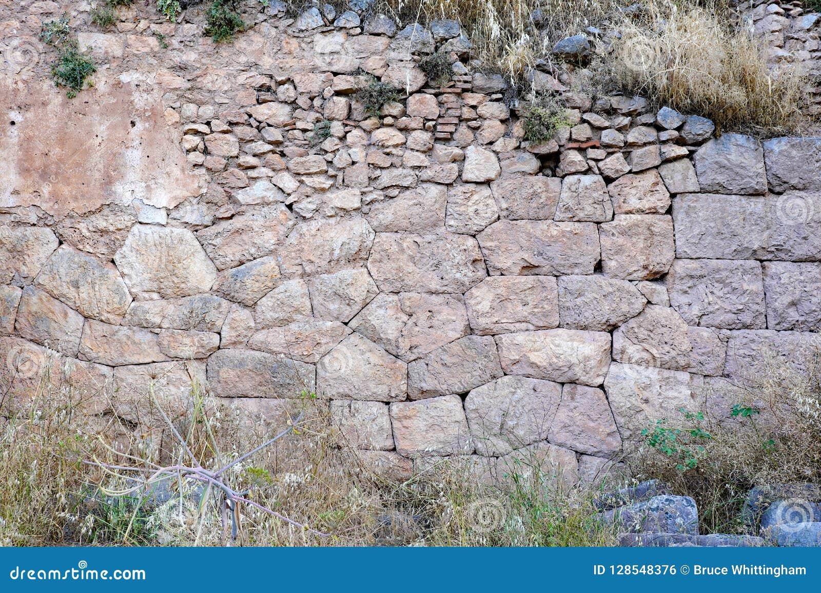 Starożytny Grek Kamiennej ściany ruiny, Delphi, Grecja