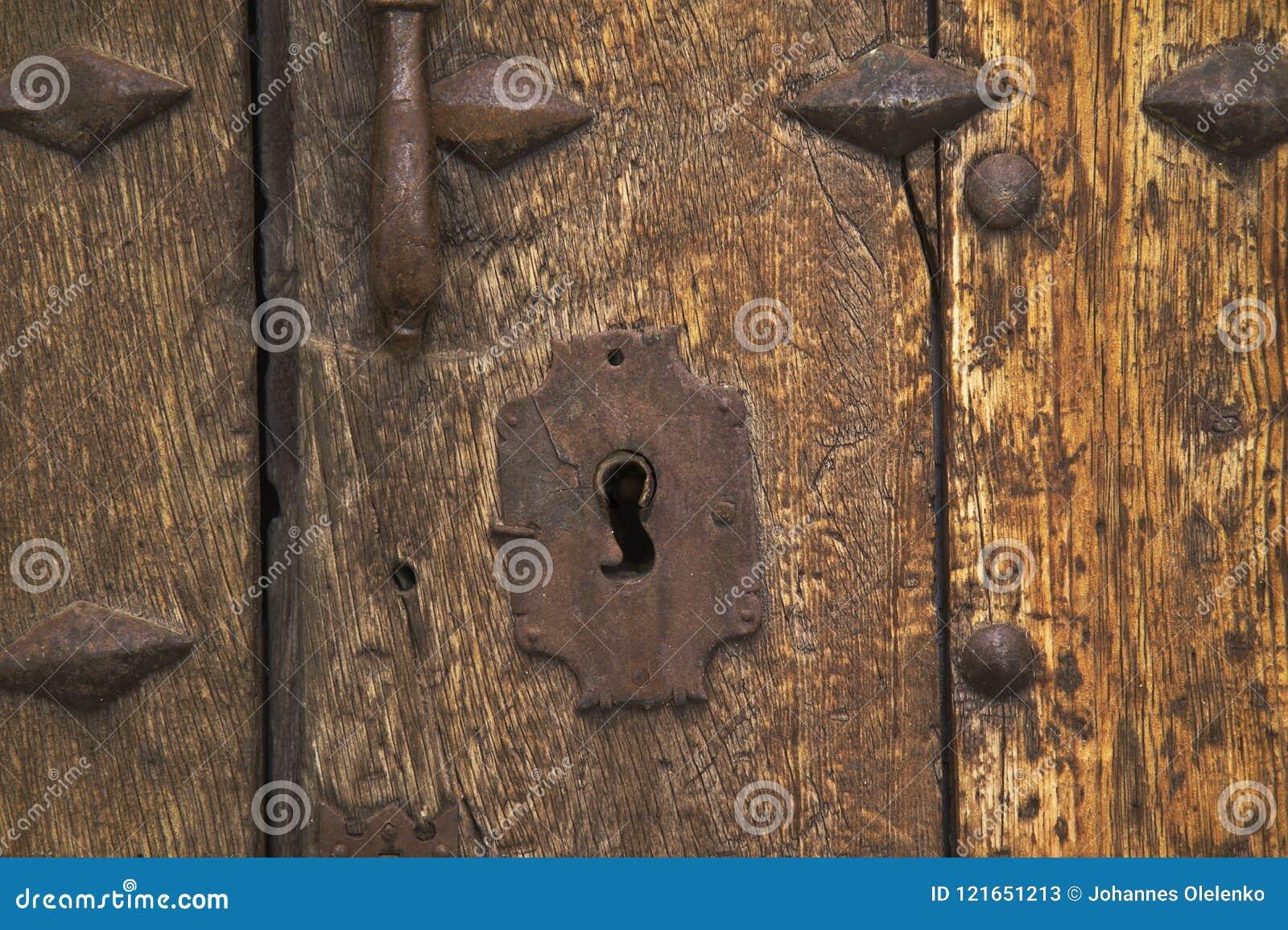 Starożytny zamek drzwi
