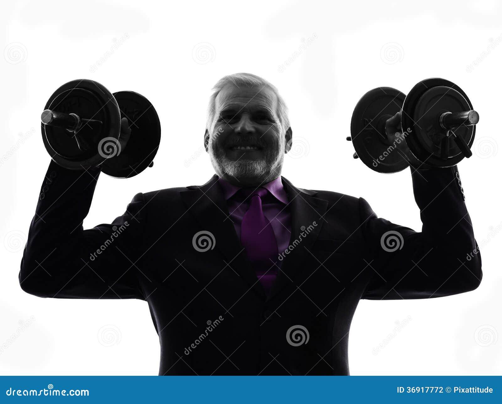 Starszy biznesowego mężczyzna mienie obciąża sylwetkę