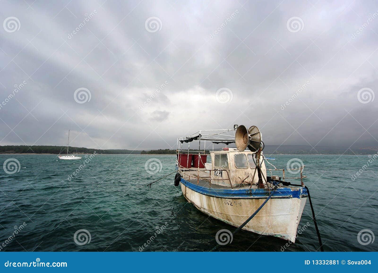 Stary łódkowaty połów