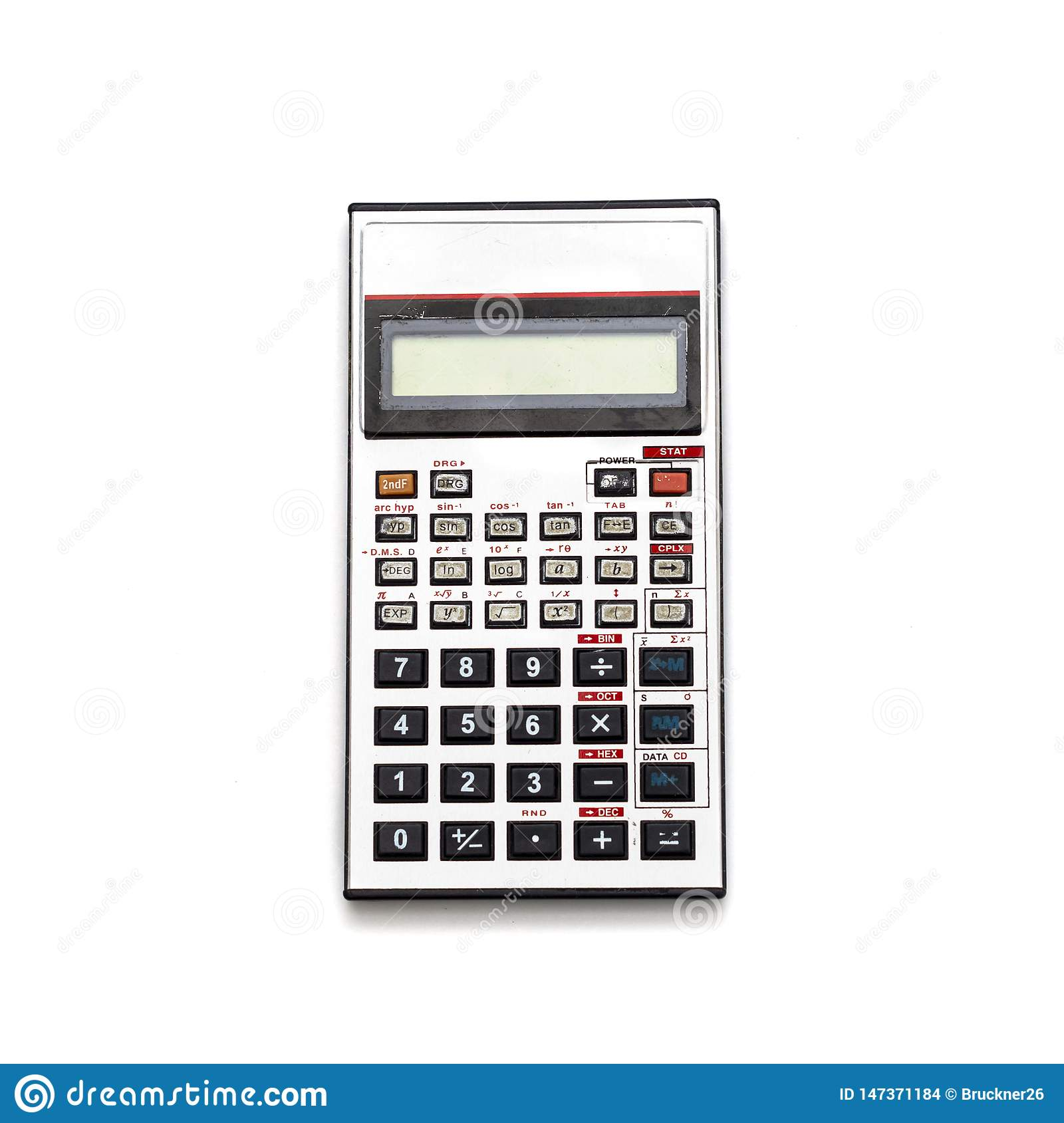 Stary aluminiowy kalkulator Odizolowywa