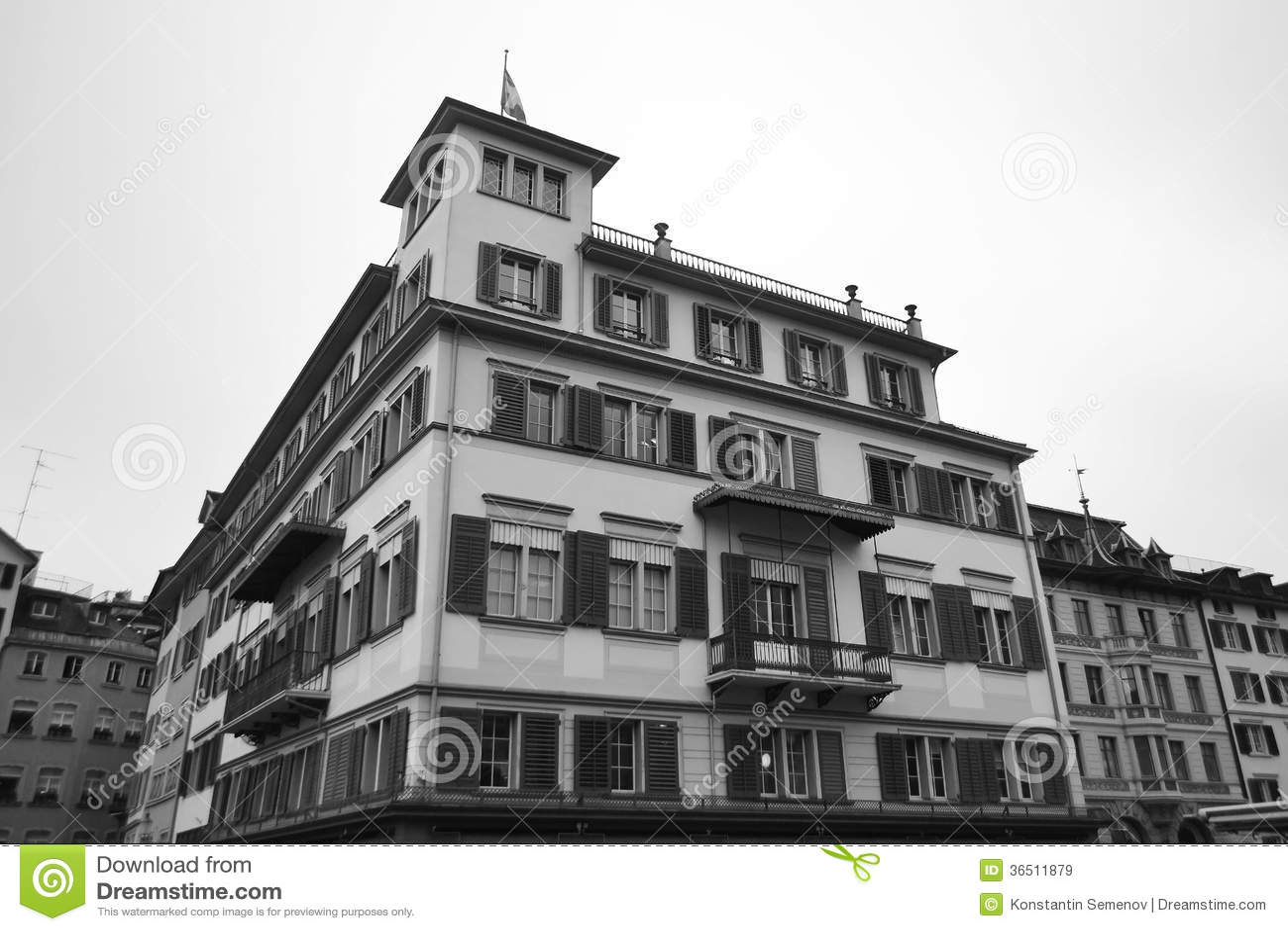 Stary dom w centrum Zurich