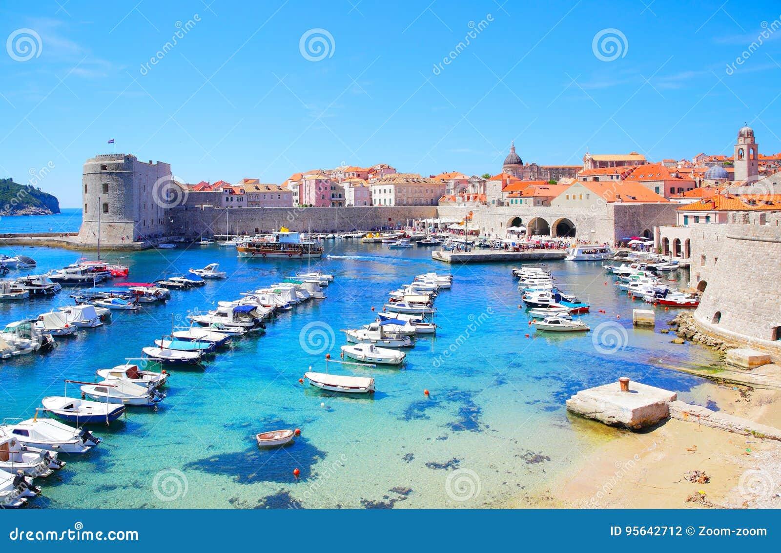 Stary Dubrovnik port