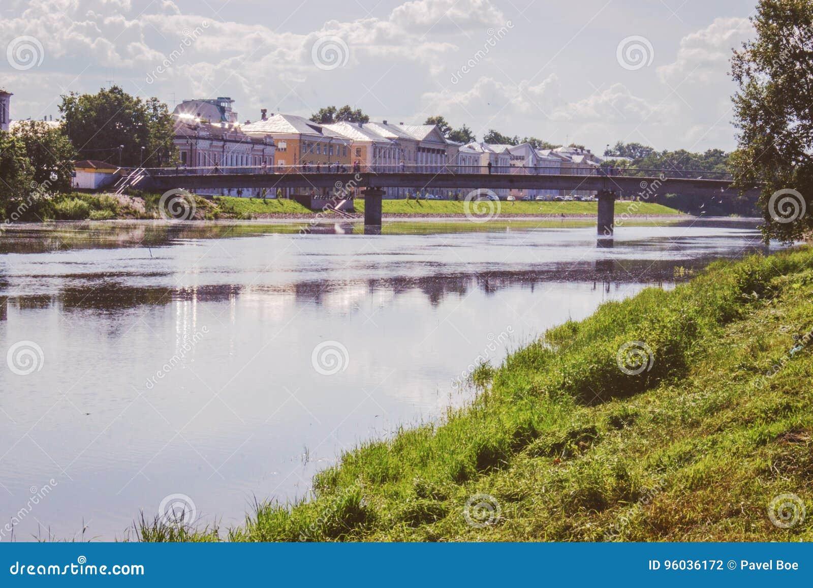 Stary miasteczko most w lata vologda, Russia