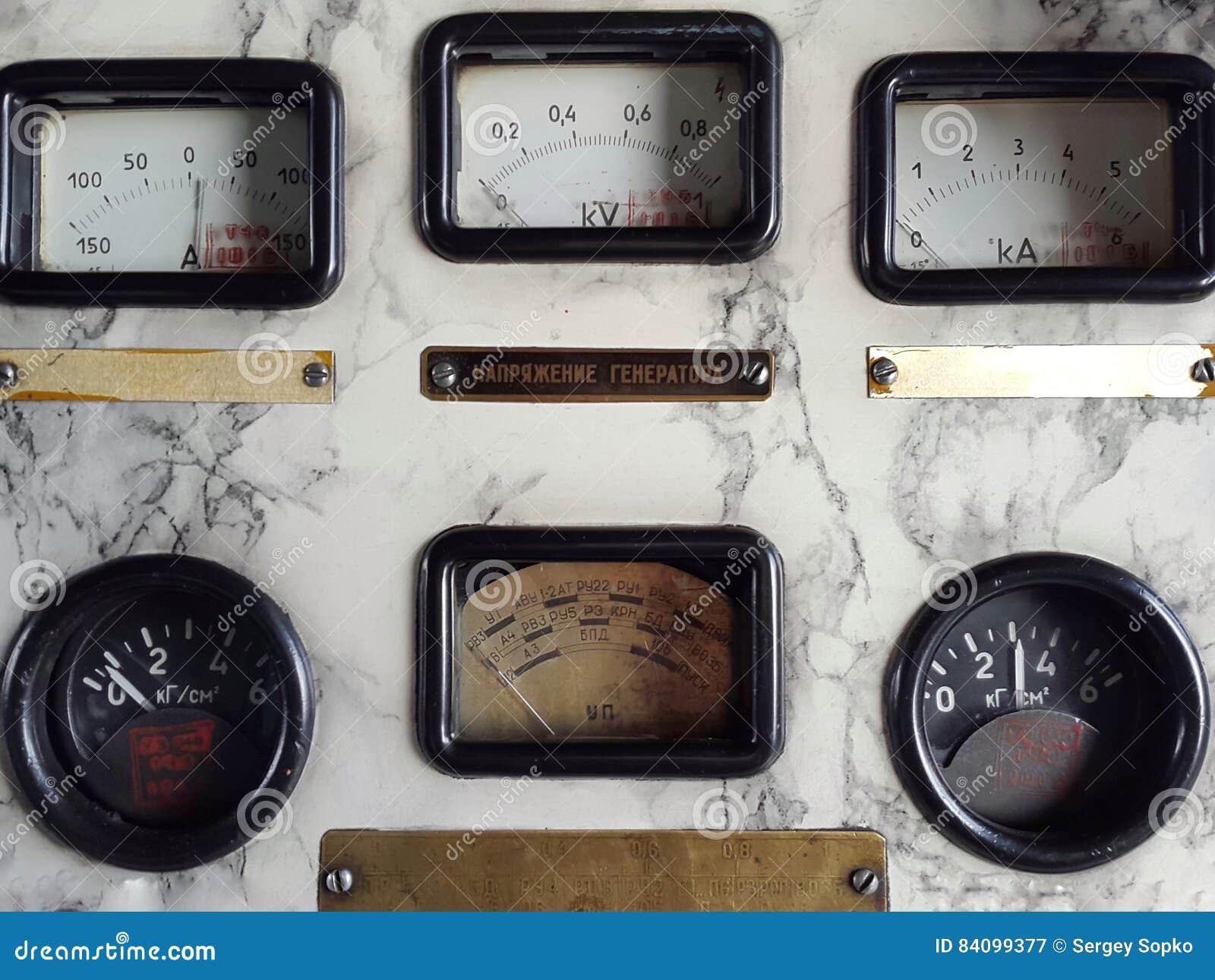 Stary panel przyrząda czujniki