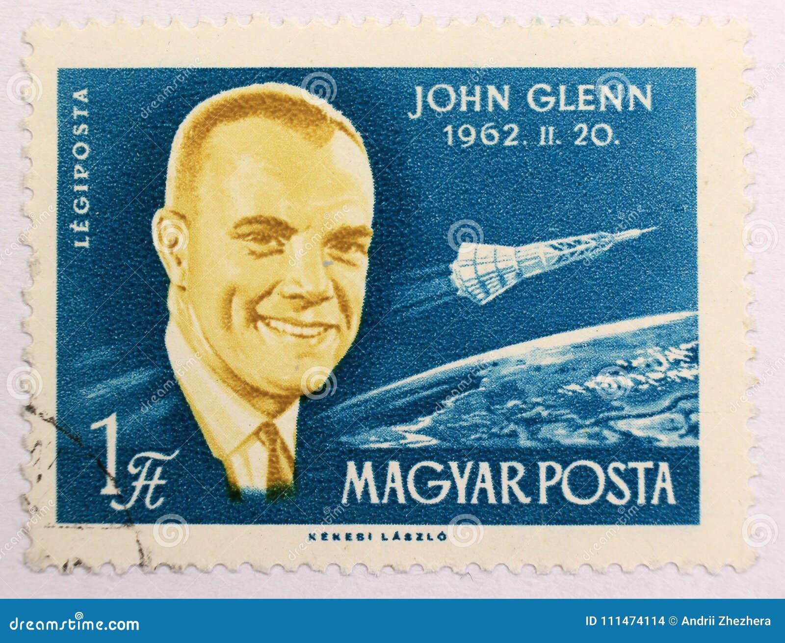 Stary poczta znaczek Węgry, dedykujący eksploracja przestrzeni kosmicznej i pierwszy astronauta