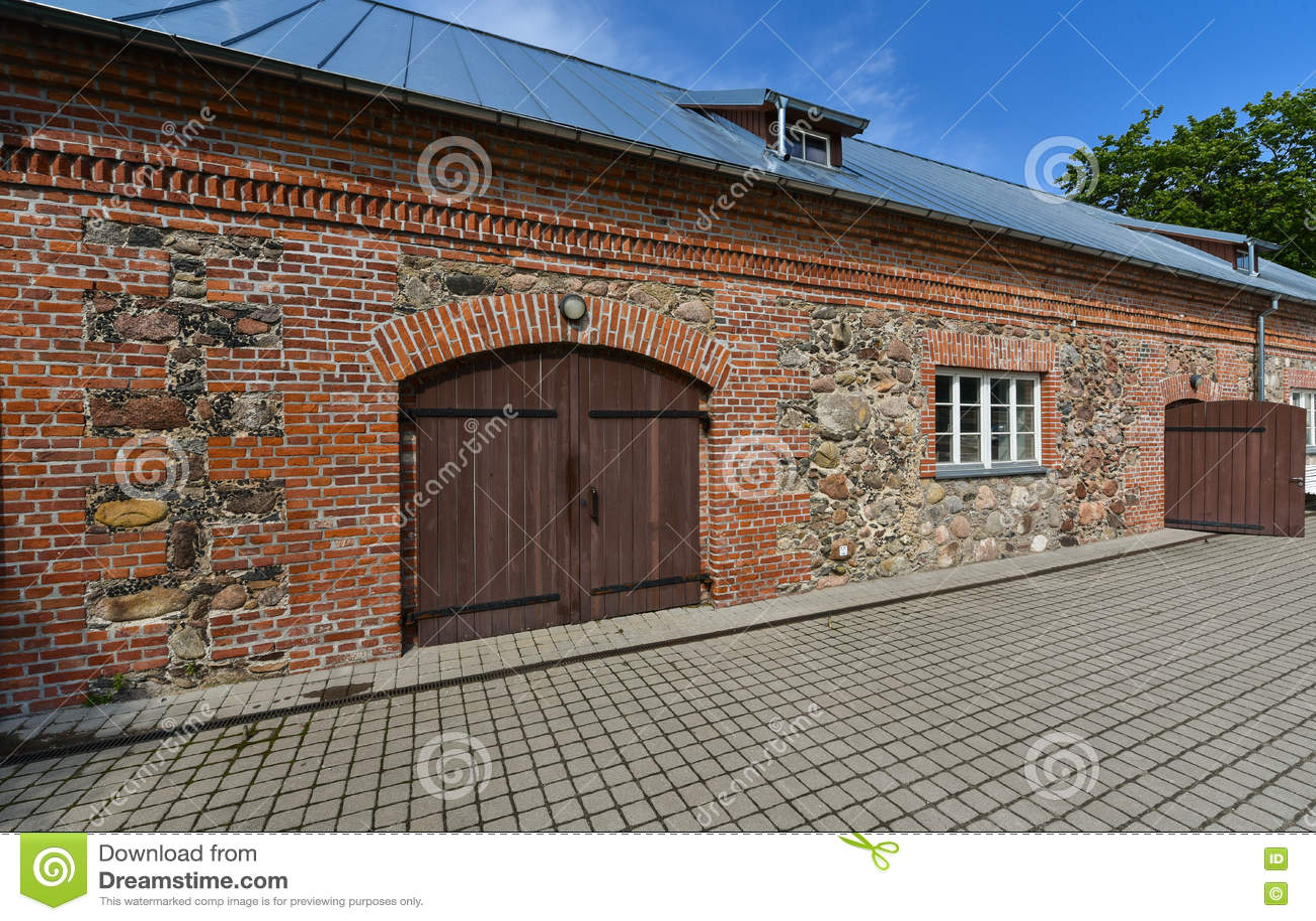Stary rekonstruujący dom, Kretinga, Lithuania