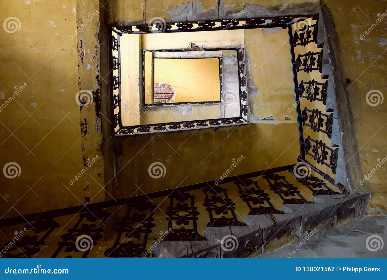 Stary schody spojrzenie