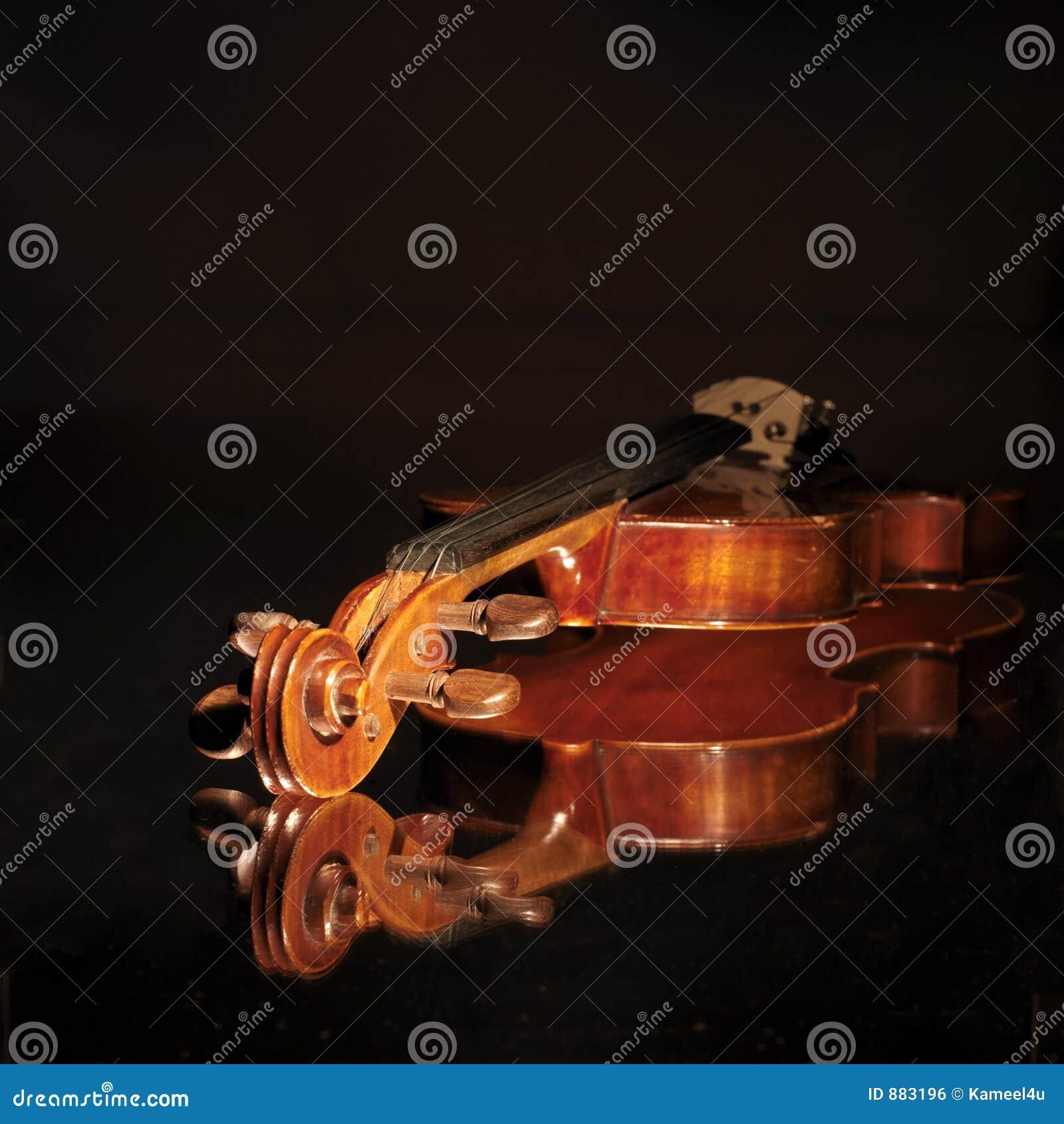 Stary skrzypce.
