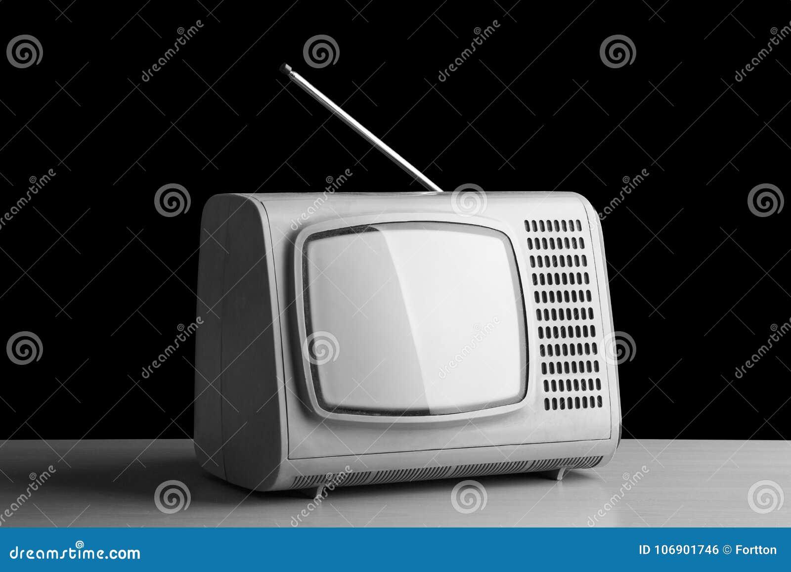 Stary telewizor od past