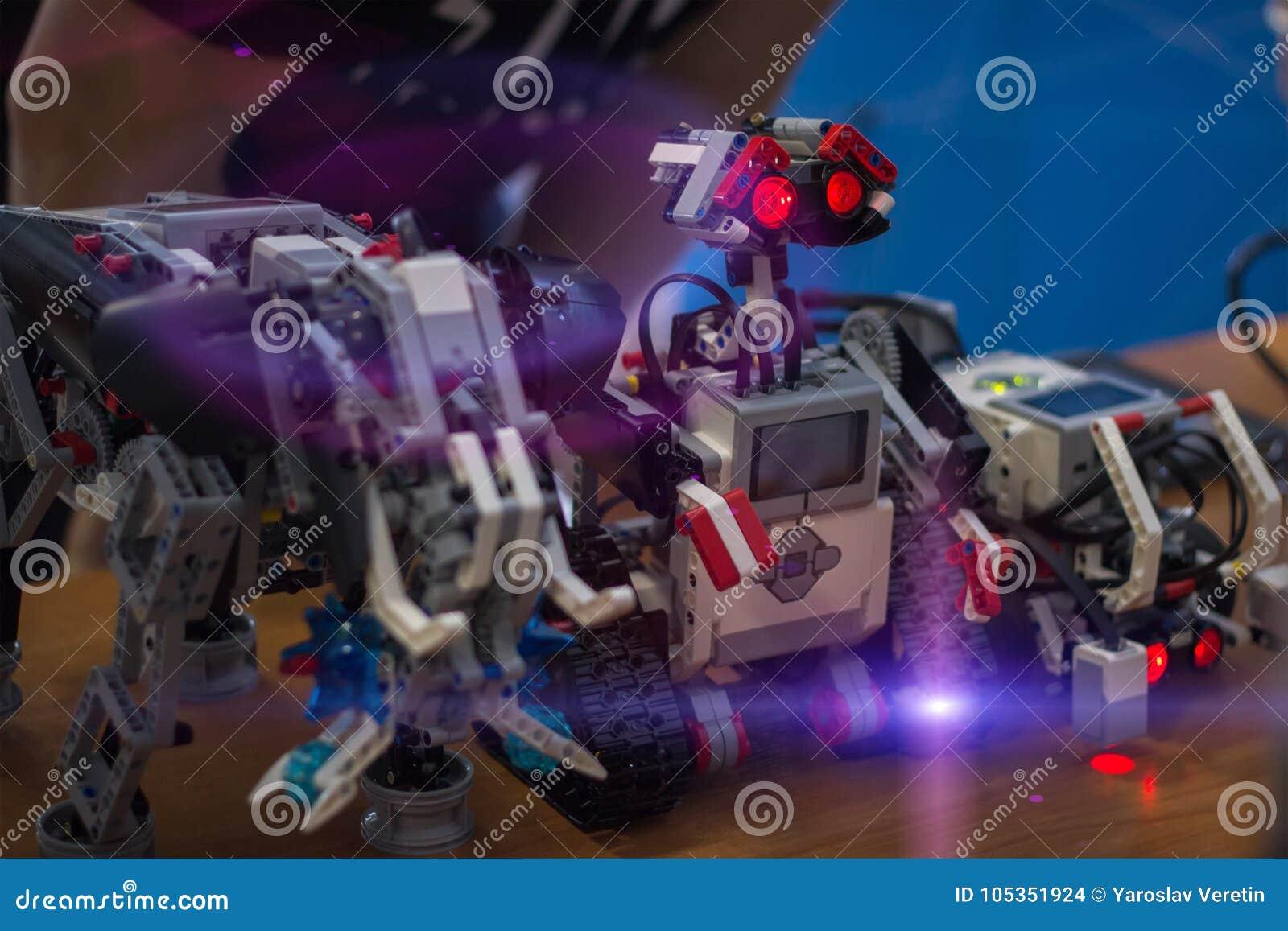 Starzy klasyk cyny zabawki roboty