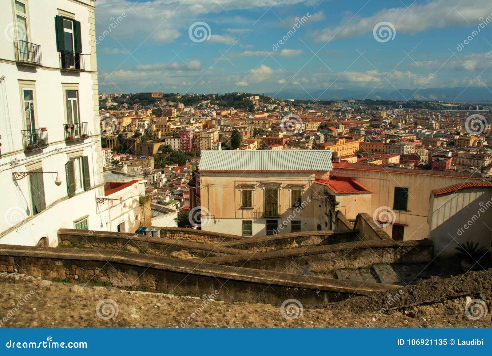 Starzy schodki w Naples