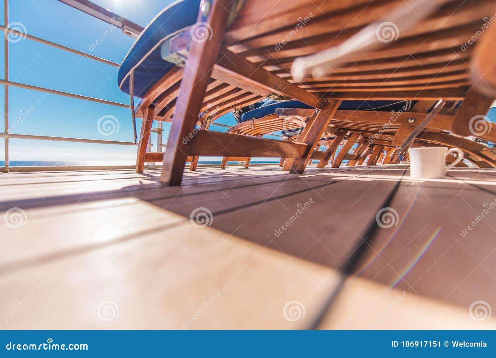 Statek Wycieczkowy Deckchairs