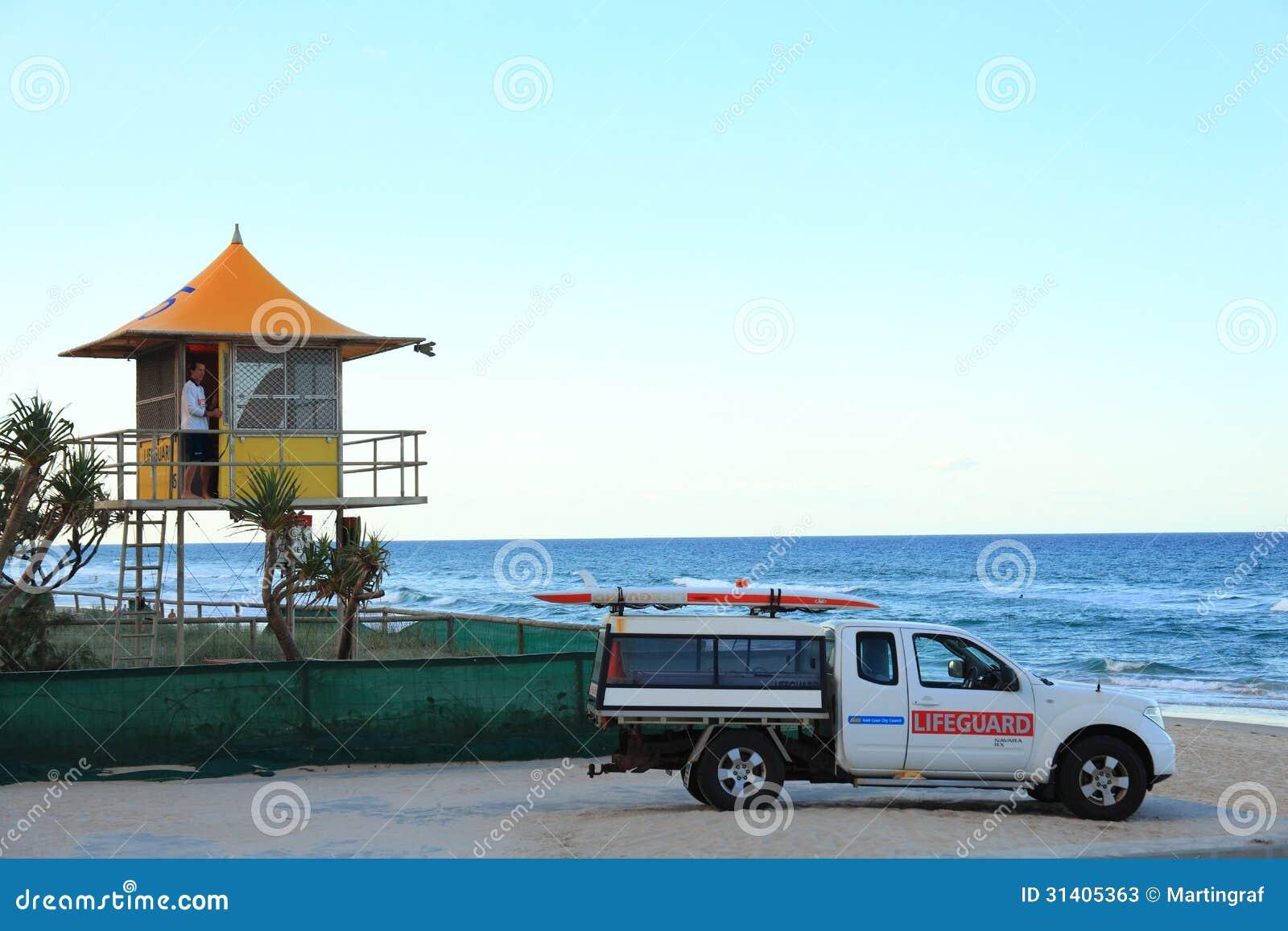 Station de maître nageur à la plage