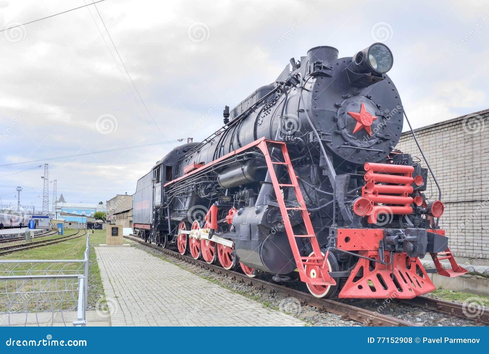 Station de Rtishchevo Vieille locomotive à vapeur