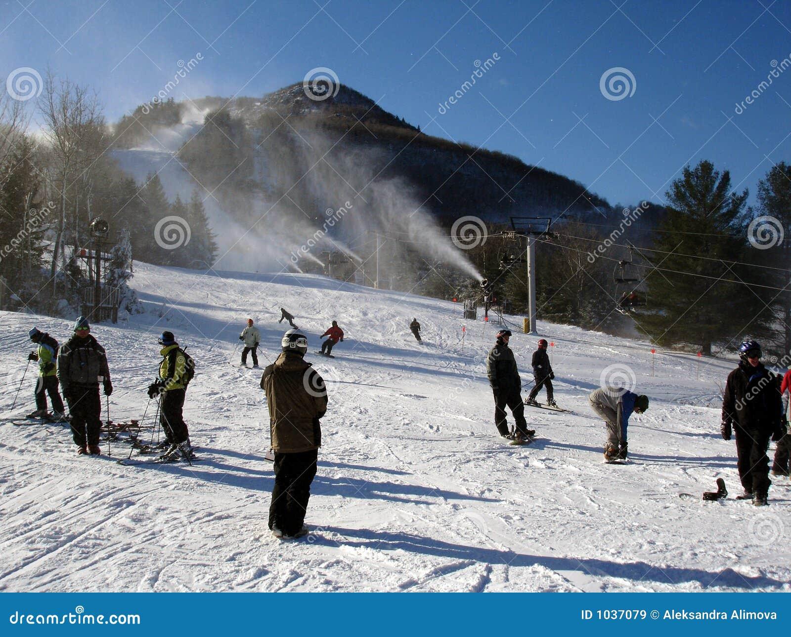 Station de sports d hiver de montagne de chasseur, NY