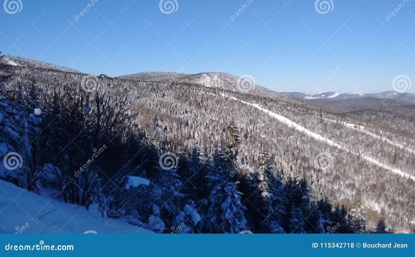 Station de sports d hiver de massif