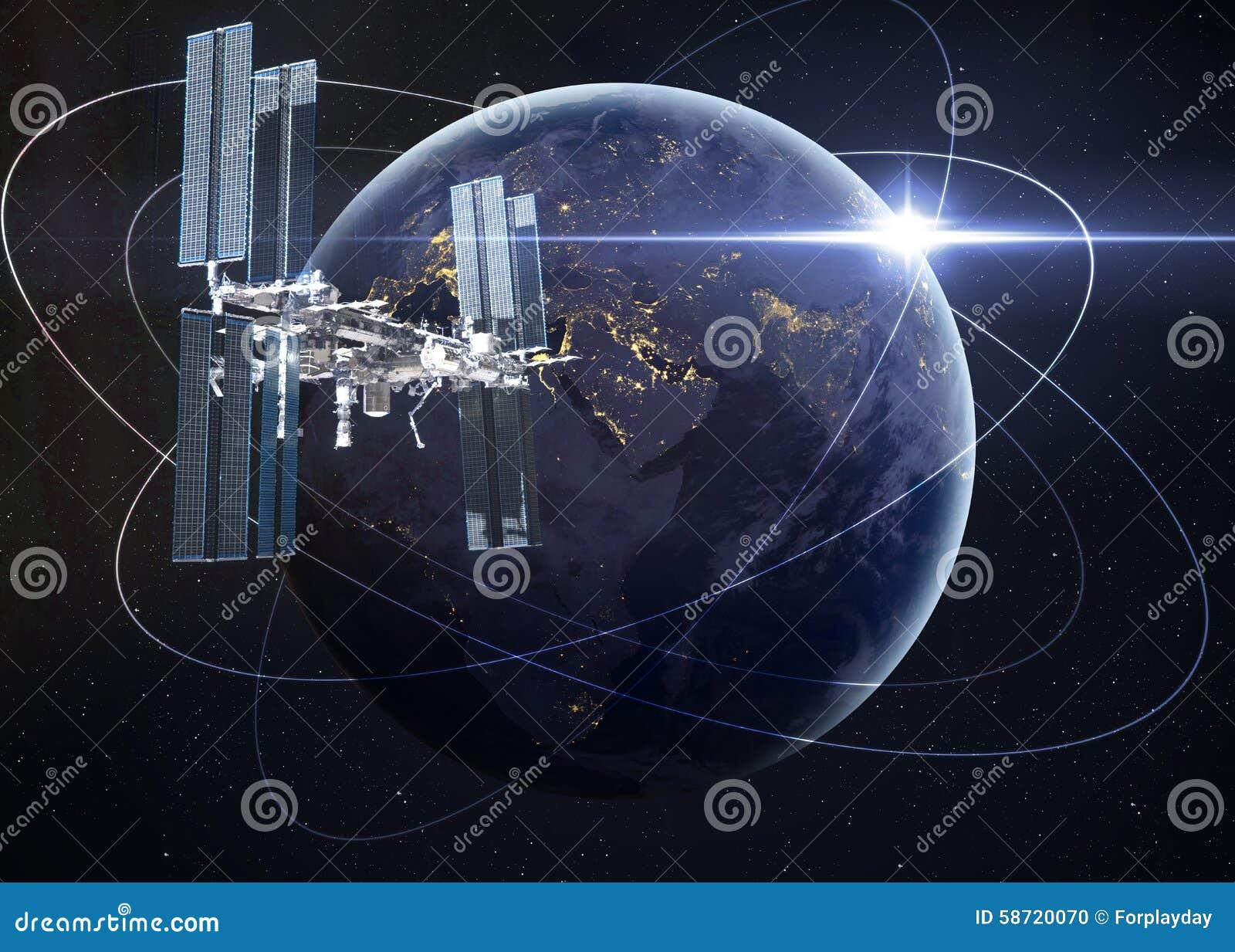 Station spatiale satellisant la scène d Earth