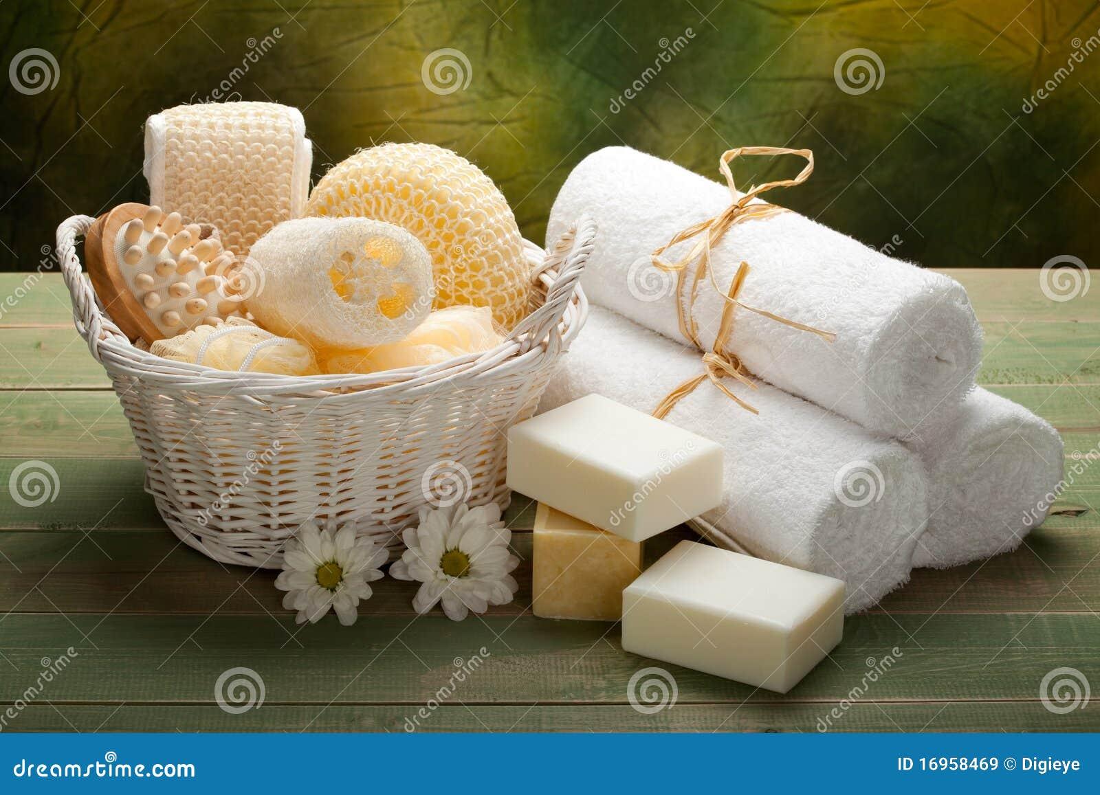 Station thermale essuie main savon et accessoire blancs de massage images - Accessoire de massage ...