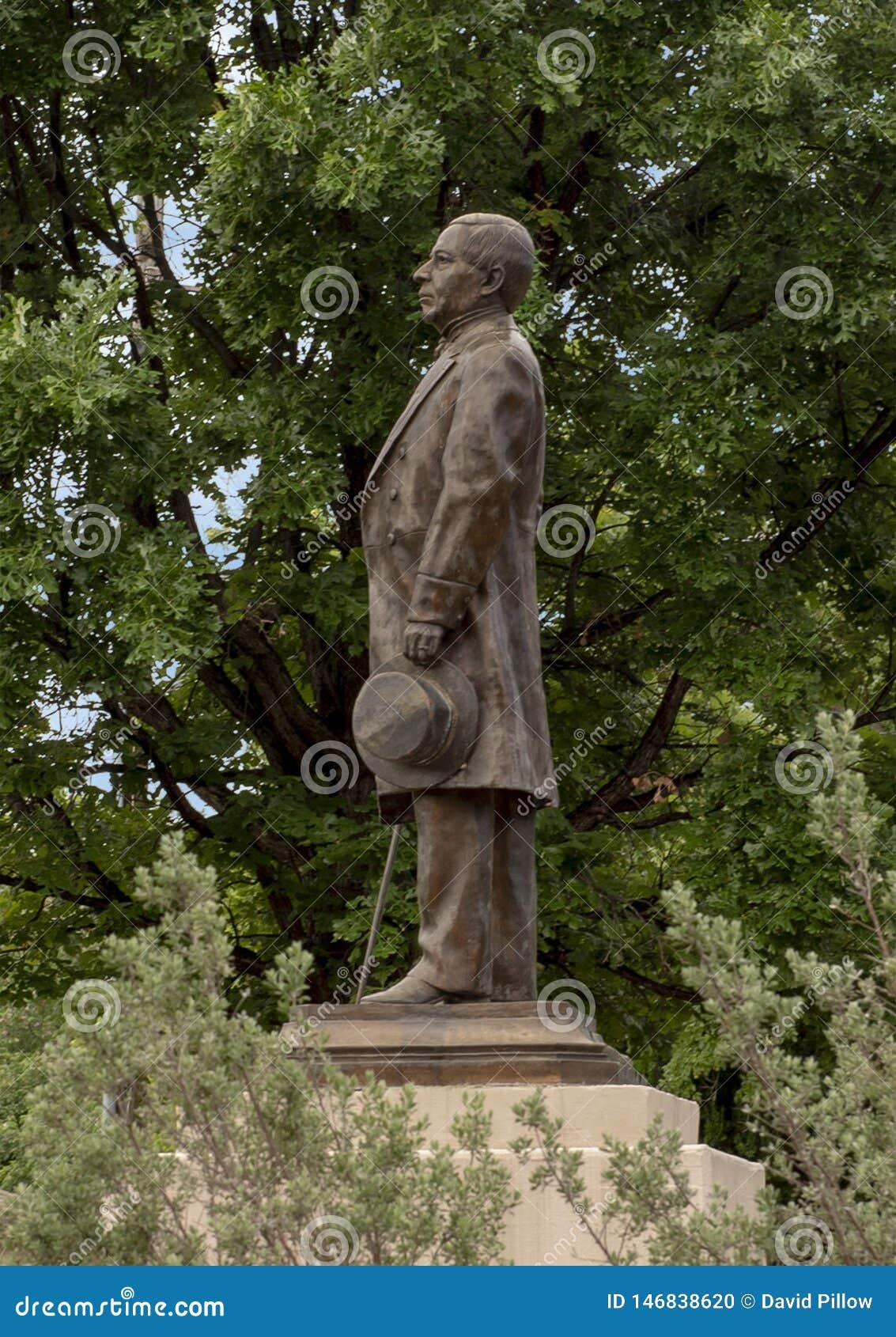 Statua bronzea di Benito Juarez in Benito Juarez Parque de Heroes, Dallas City Park a Dallas, il Texas