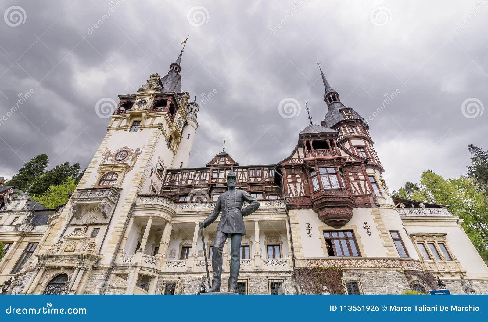 Statua Carol Najpierw Rumunia, Peles kasztel, Sinaia, Rumunia