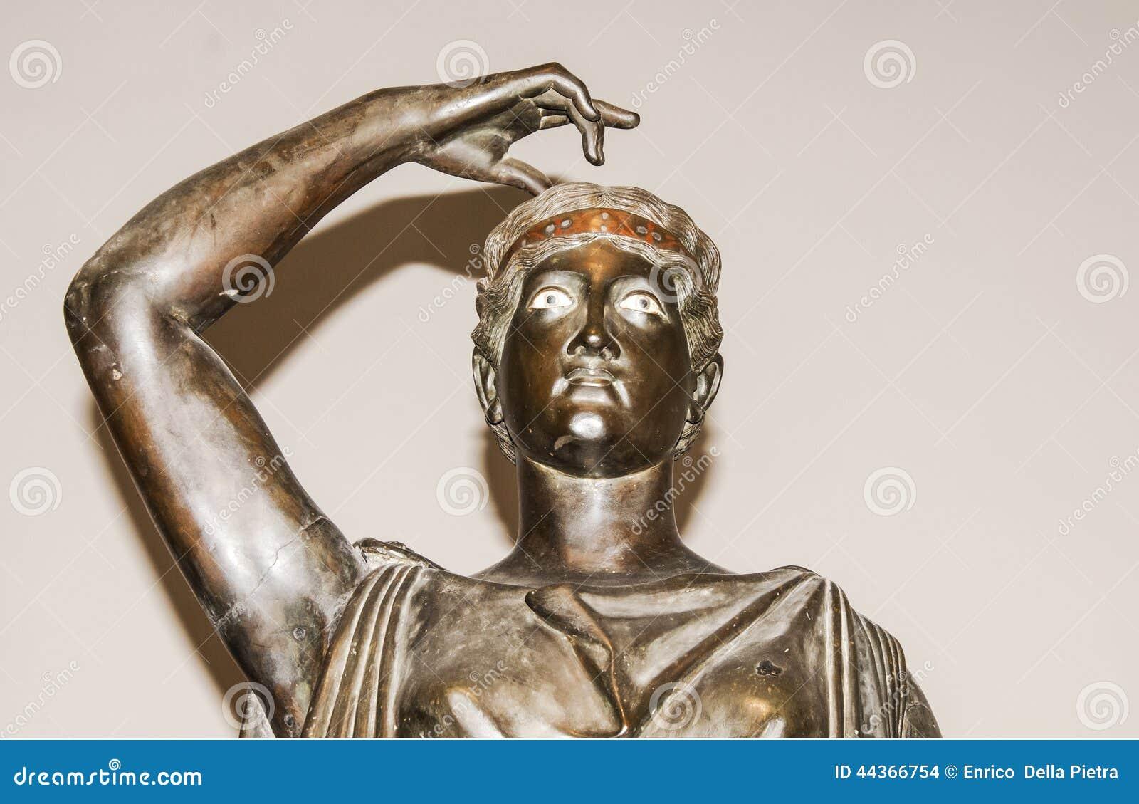 Statua classica