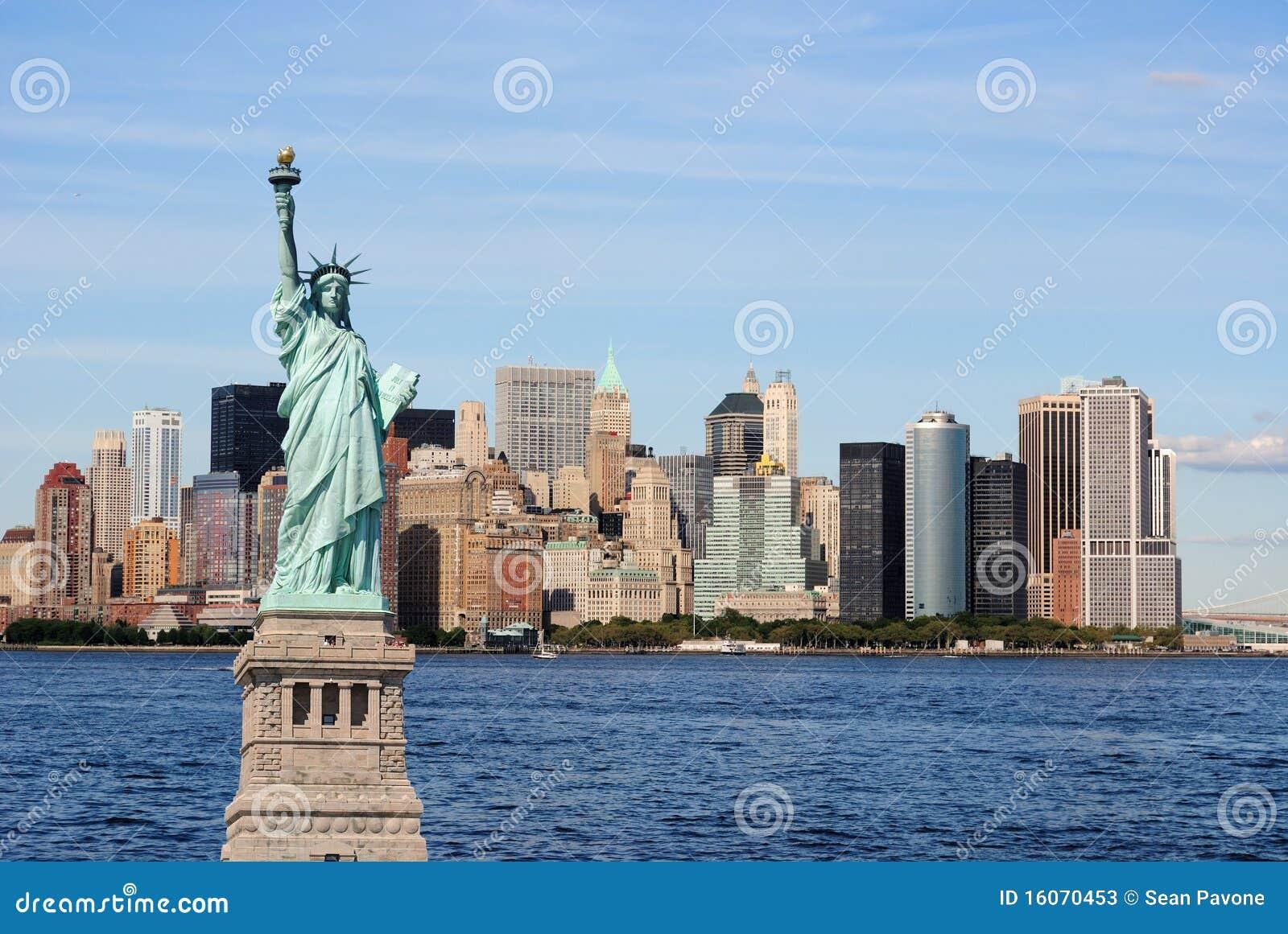 Statua di libertà e dell orizzonte di New York City