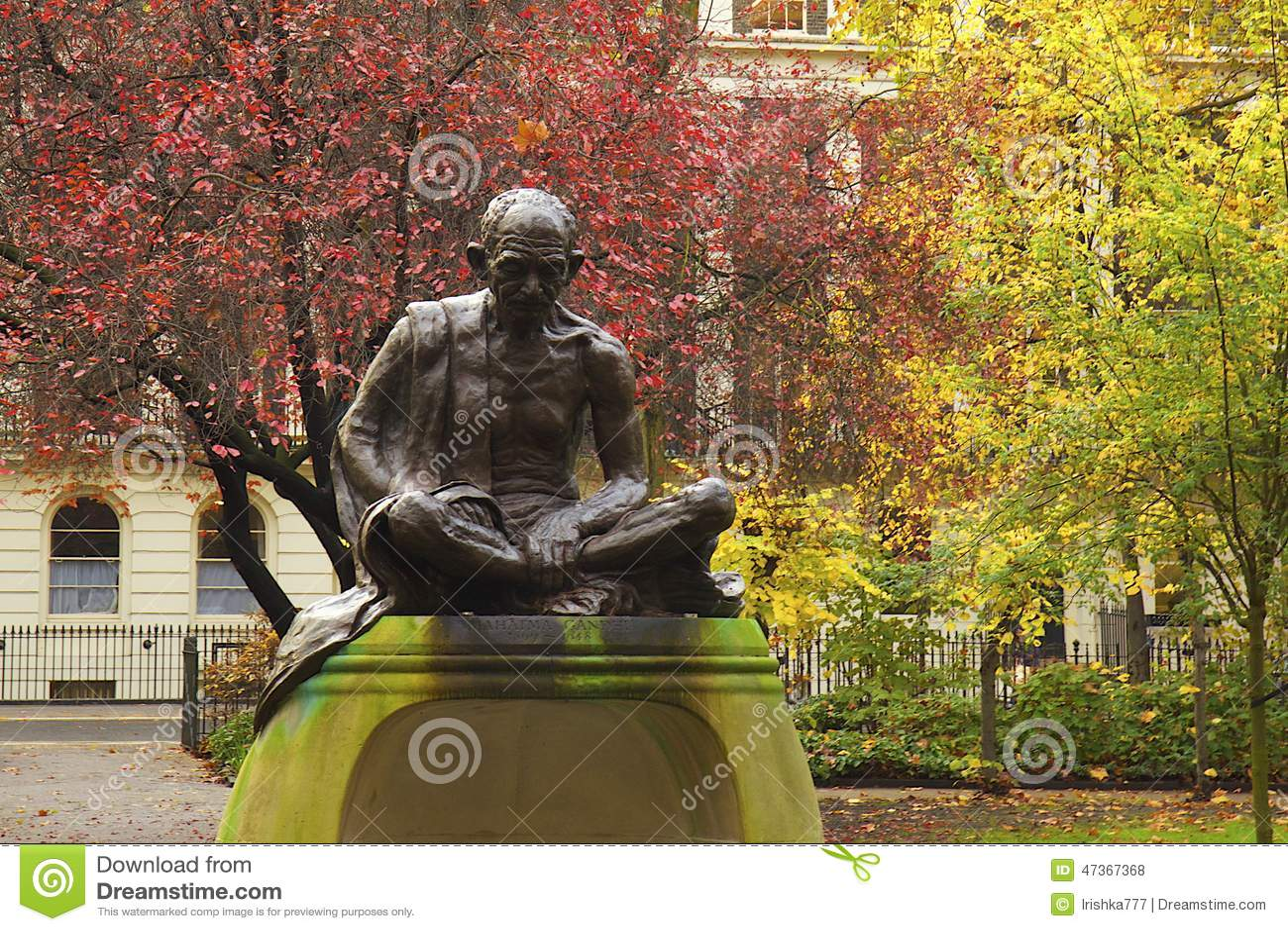 Statua di Mahatma Gandhi a Londra