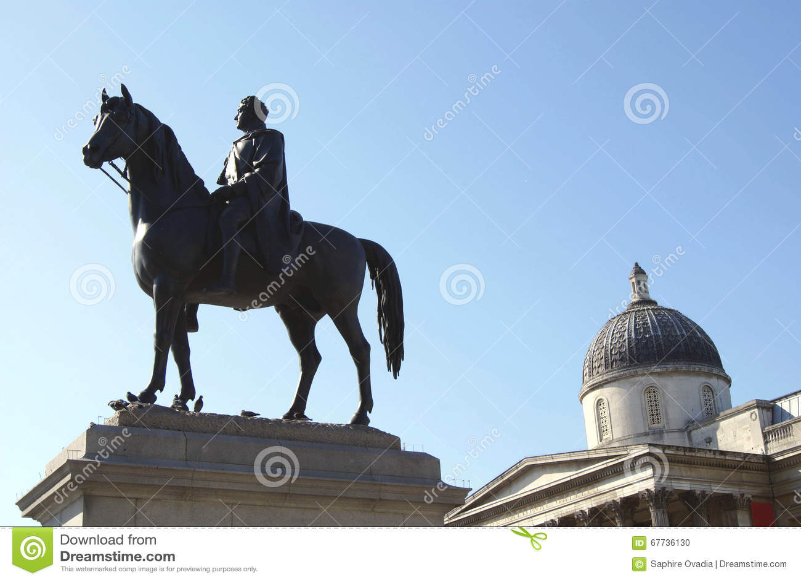 Statua di re george iv il national gallery trafalgar for Time square londra