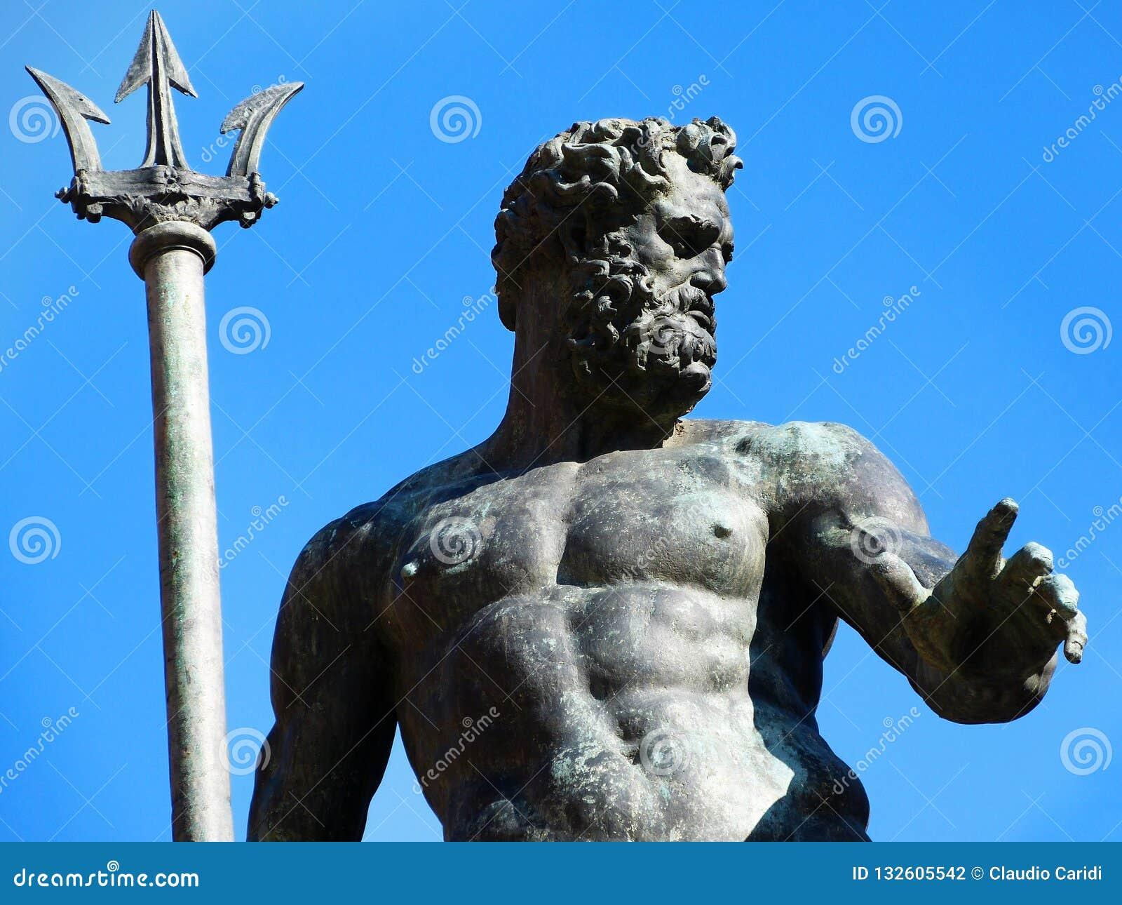 Statua Neptune w Bologna