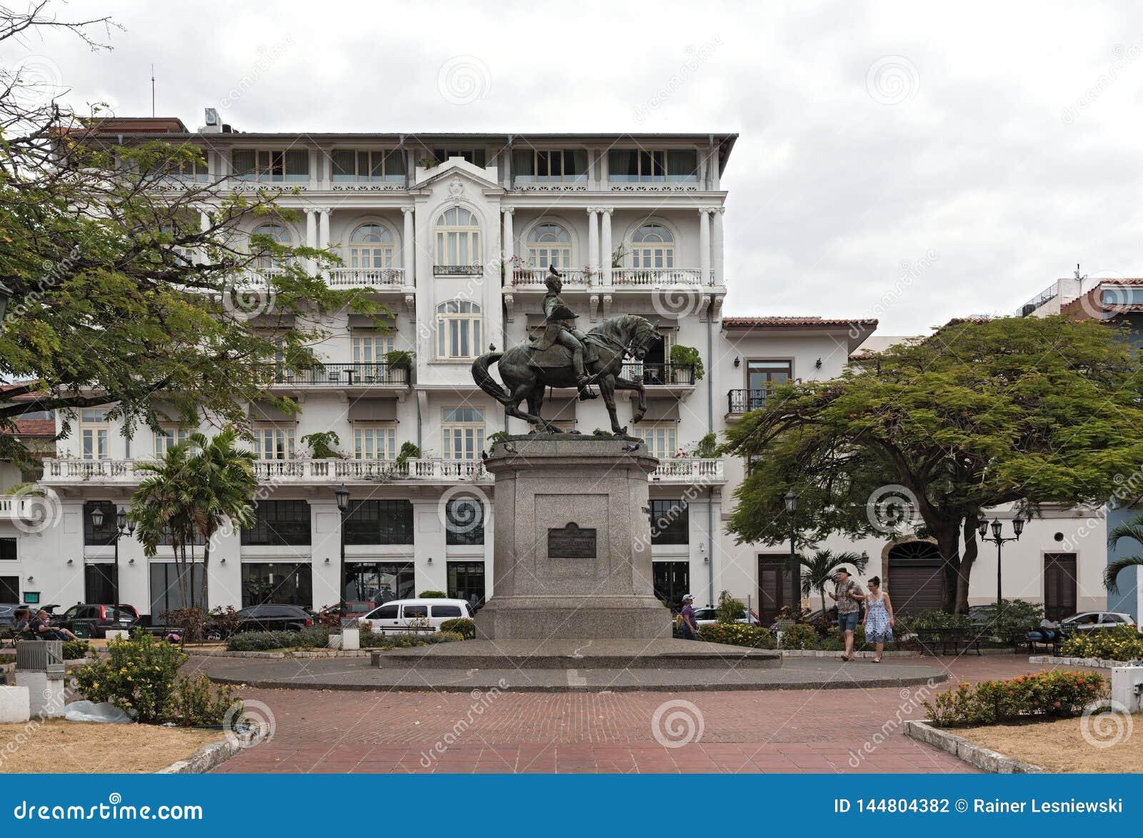 Statua ogólni tomas Herrera na kwadracie ten sam imię w casco viejo Panama mieście