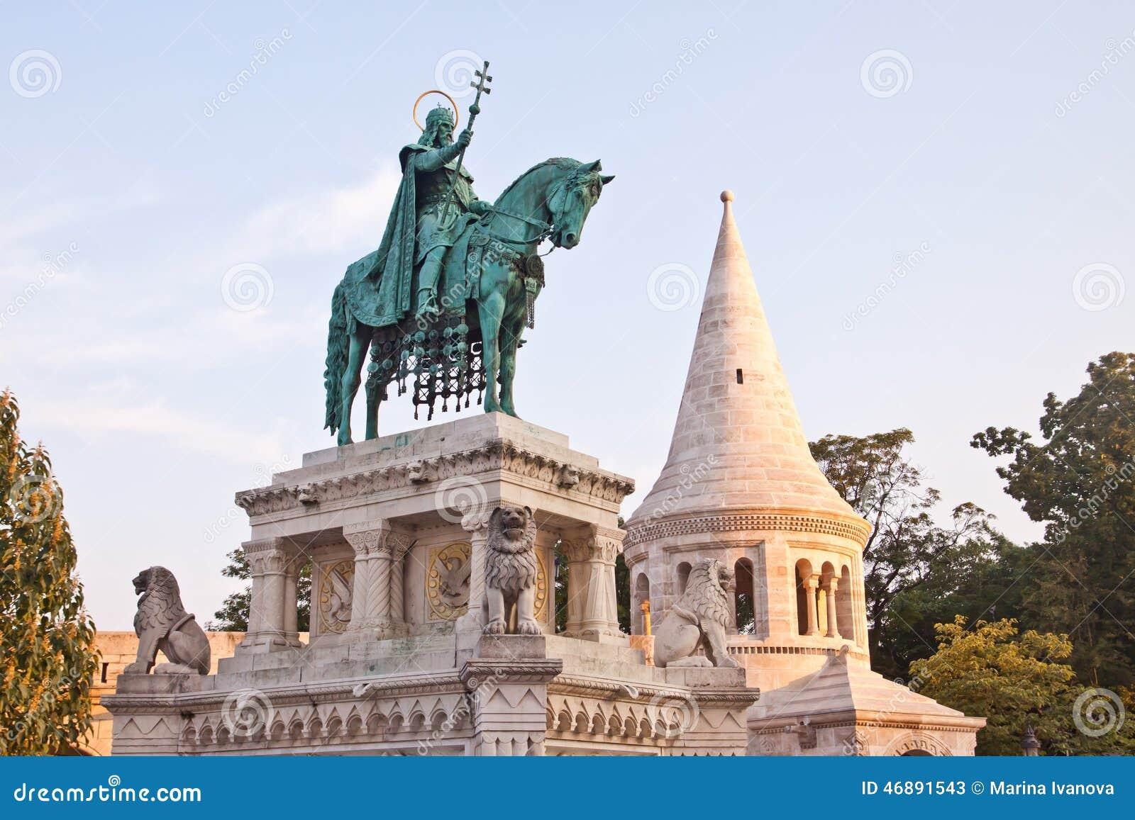 Statua St Stephen w Budapest