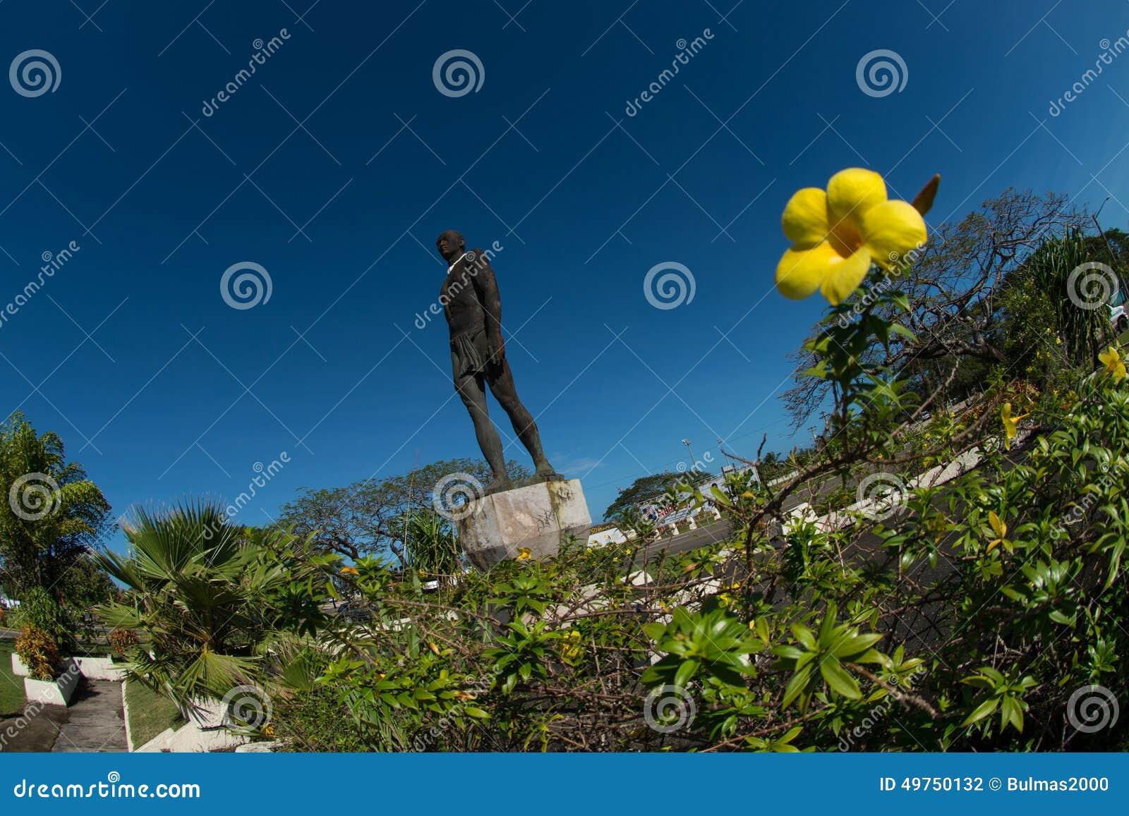 Statua szef Quipuha, Hagåtña, Guam