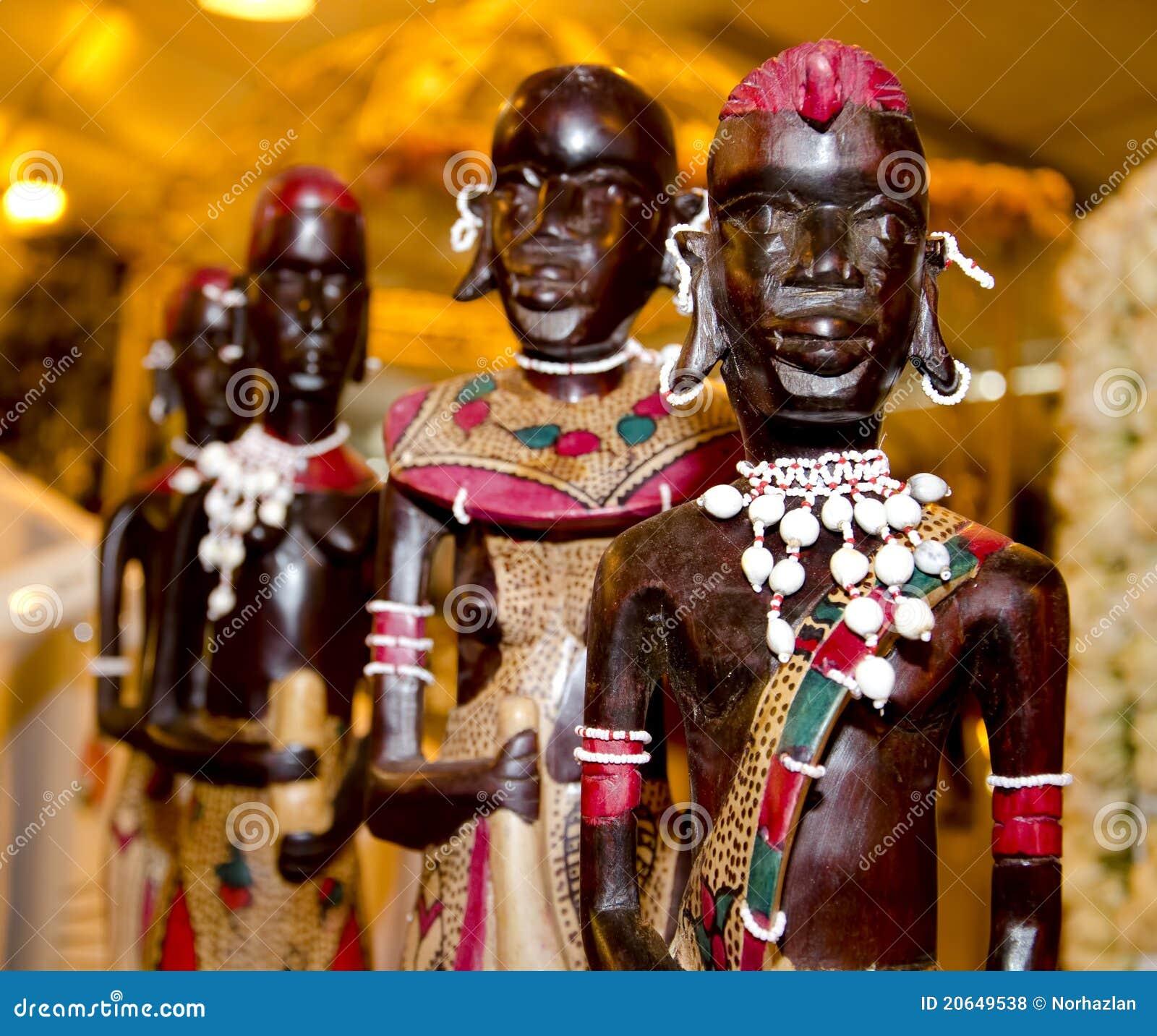 Statue Africaine En Bois Photos libres de droits Image 20649538 # Sculpture Africaine En Bois