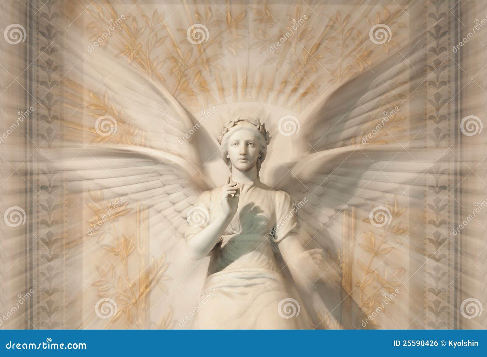 Statue d ange de femme.