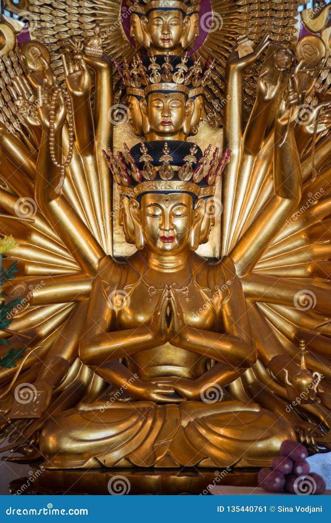 Statue d or de Bouddha de Bodhisattva avec 1000 bras