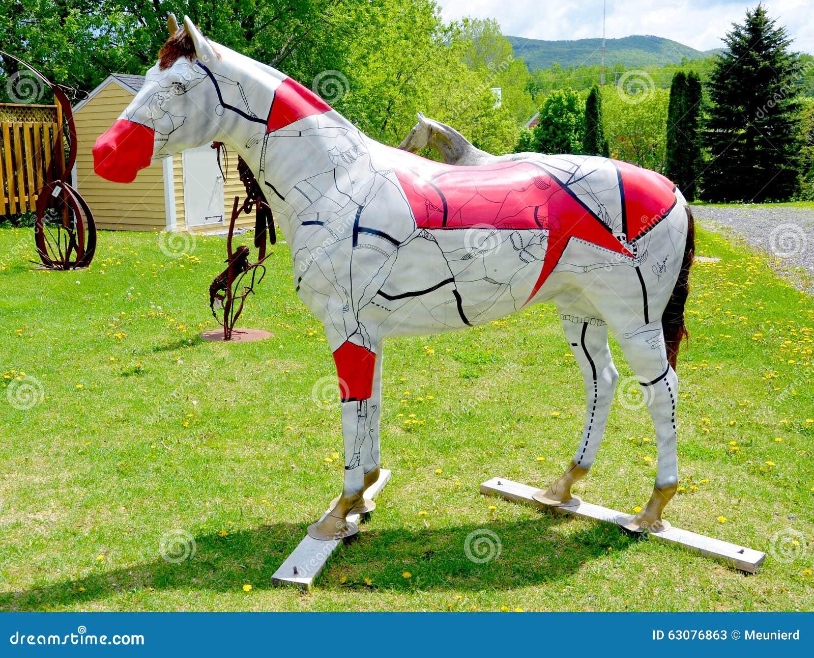 Download Statue de cheval photo stock éditorial. Image du isolat - 63076863
