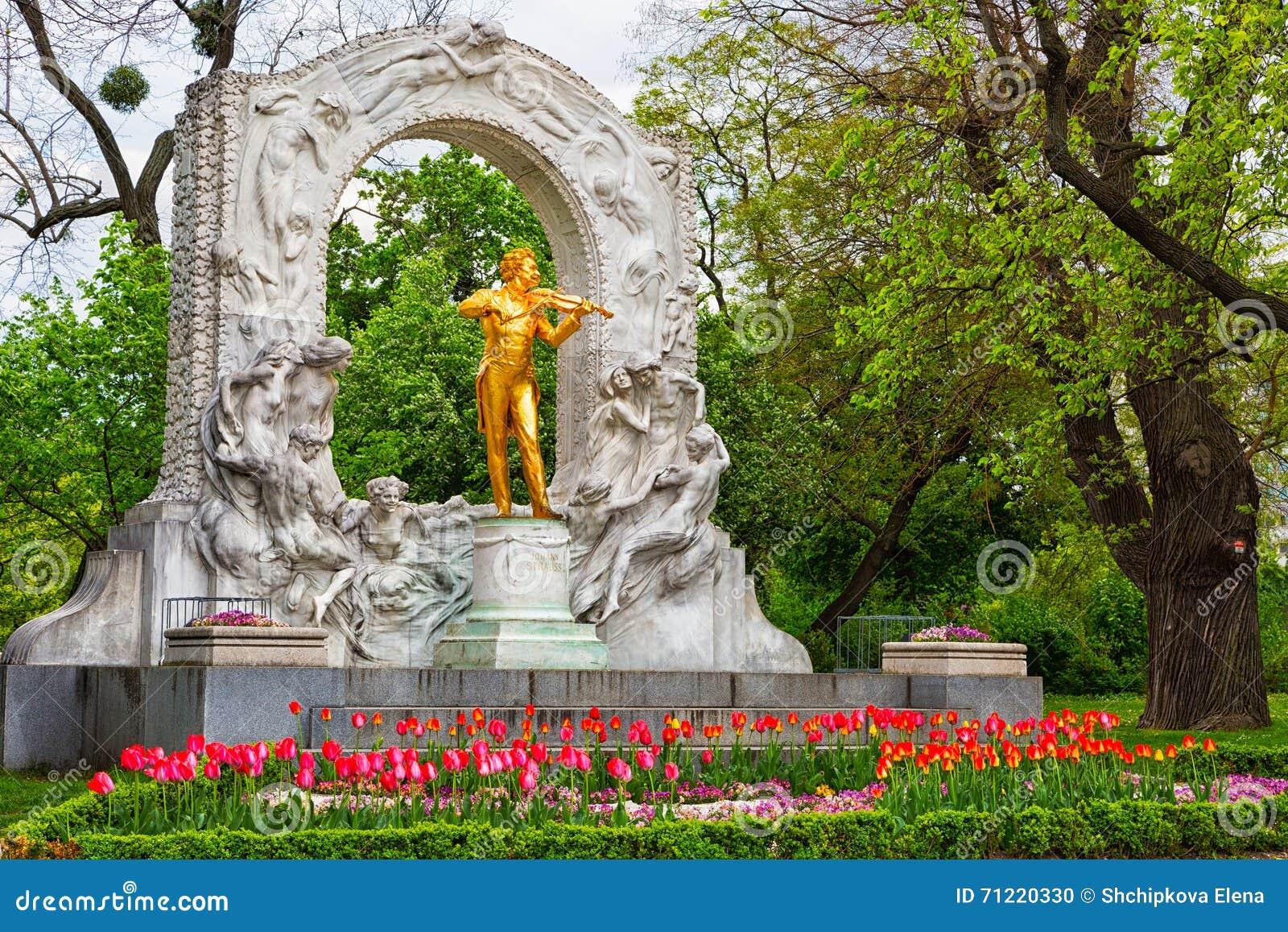 Statue de Johann Strauss à Vienne
