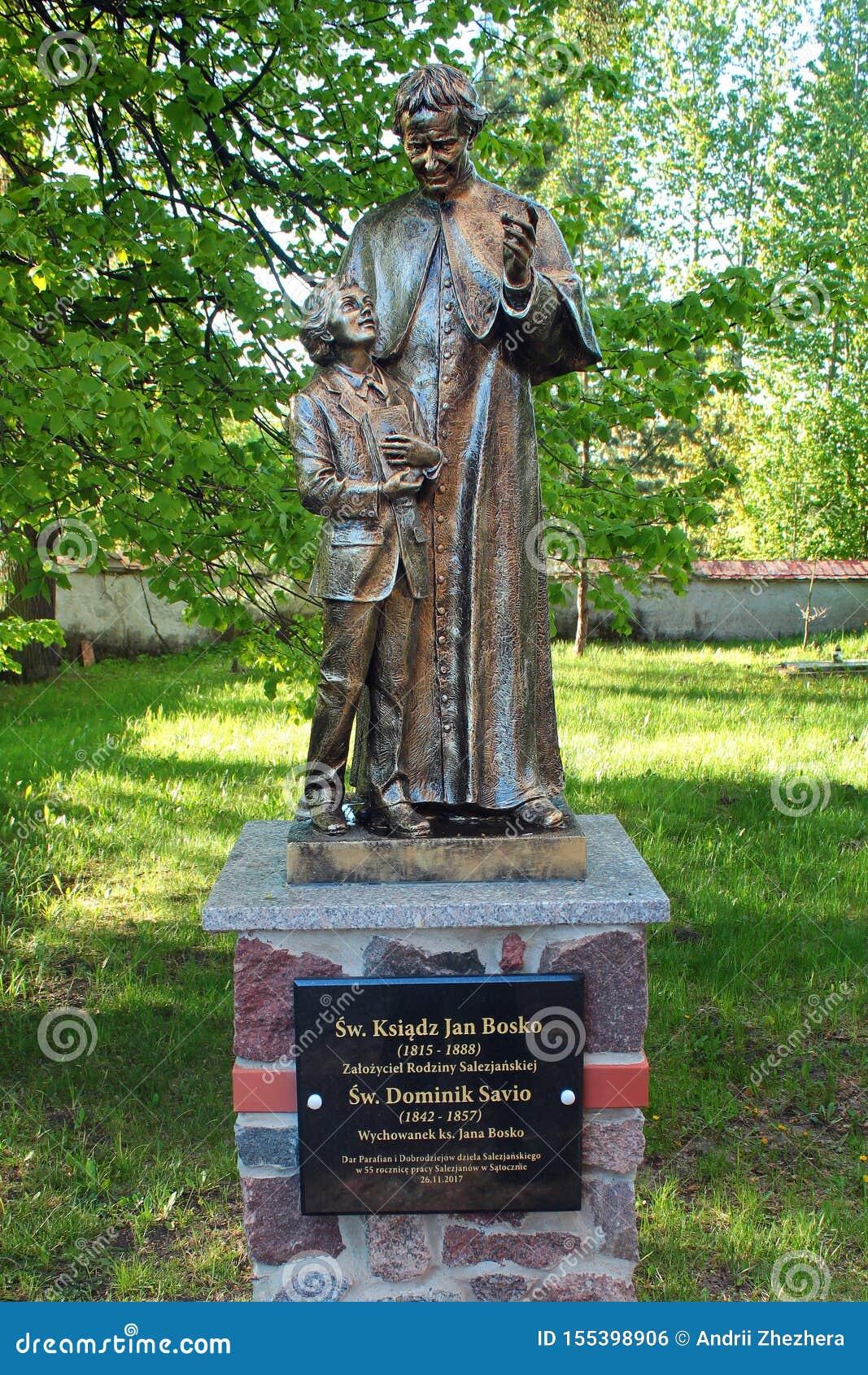 Statue de John Bosco, un prêtre catholique italien, dans Satoczno, la Pologne