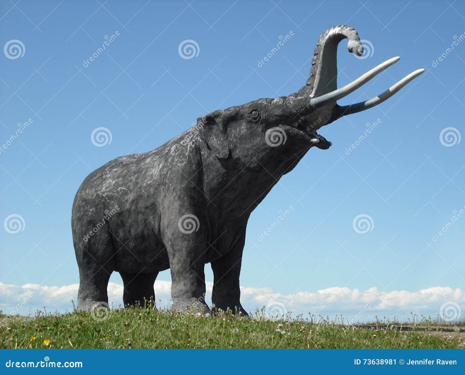 Statue de mastodonte