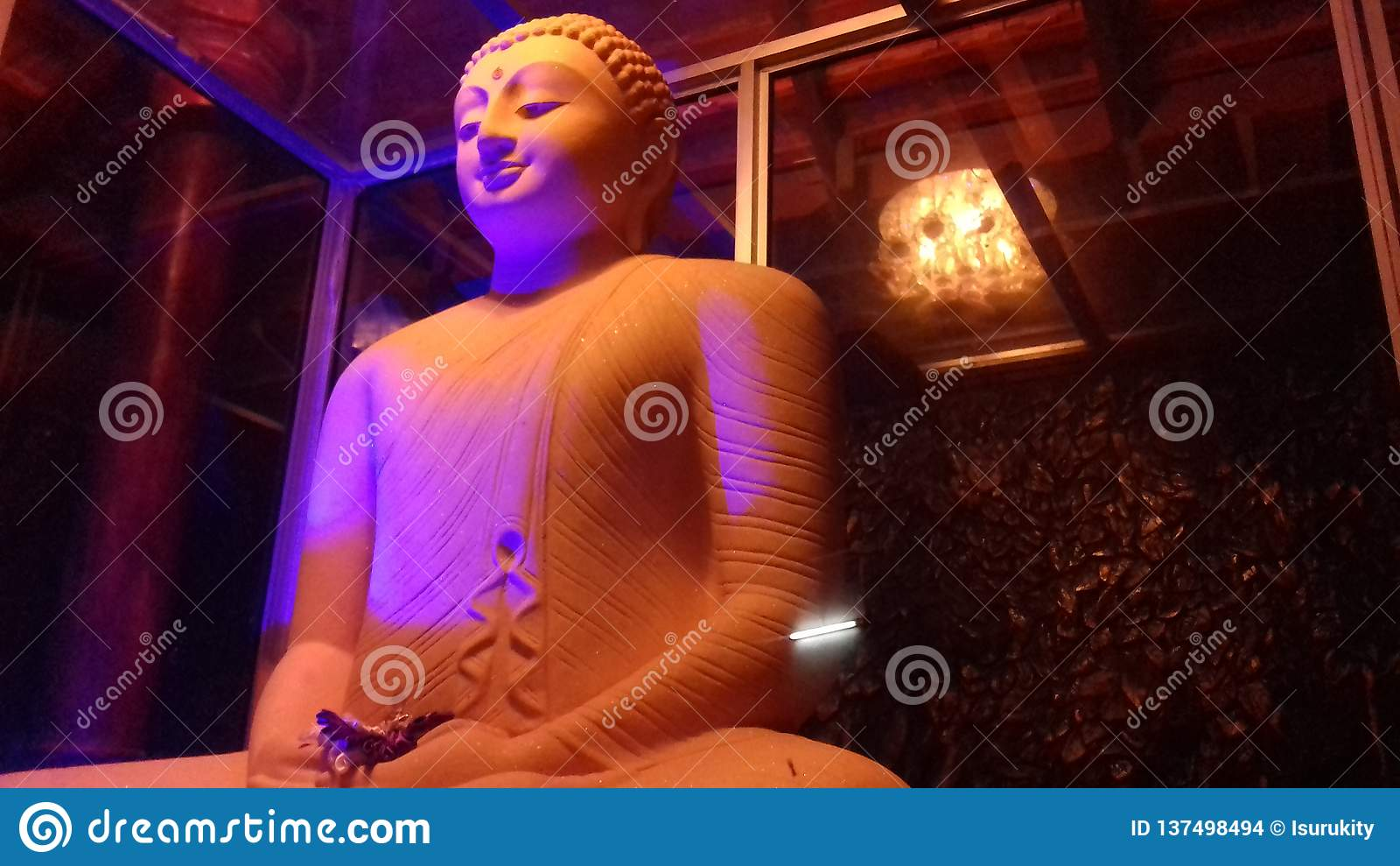 Statue de seigneur Bouddha
