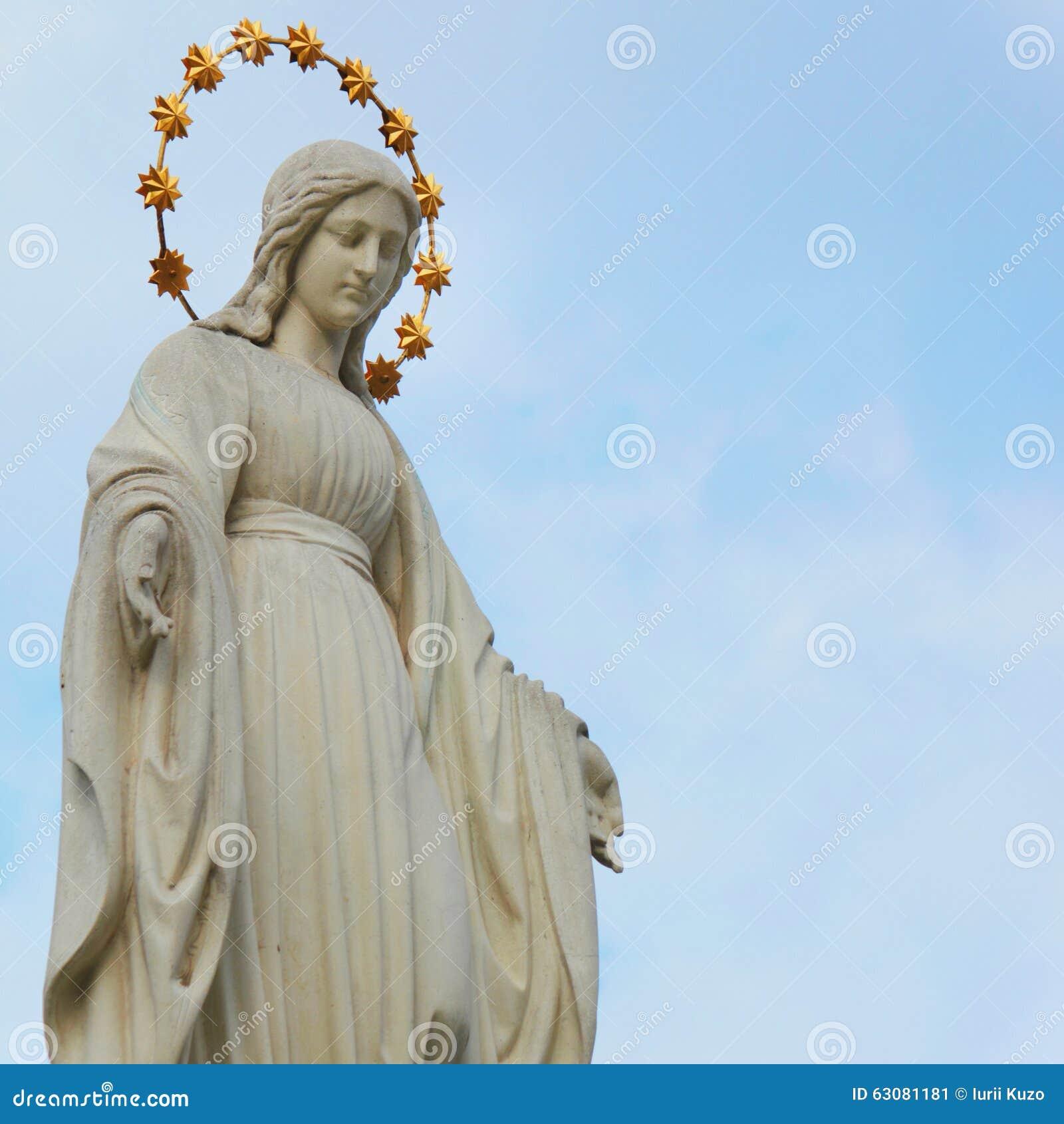Download Statue de Vierge Marie image stock. Image du prière, beau - 63081181