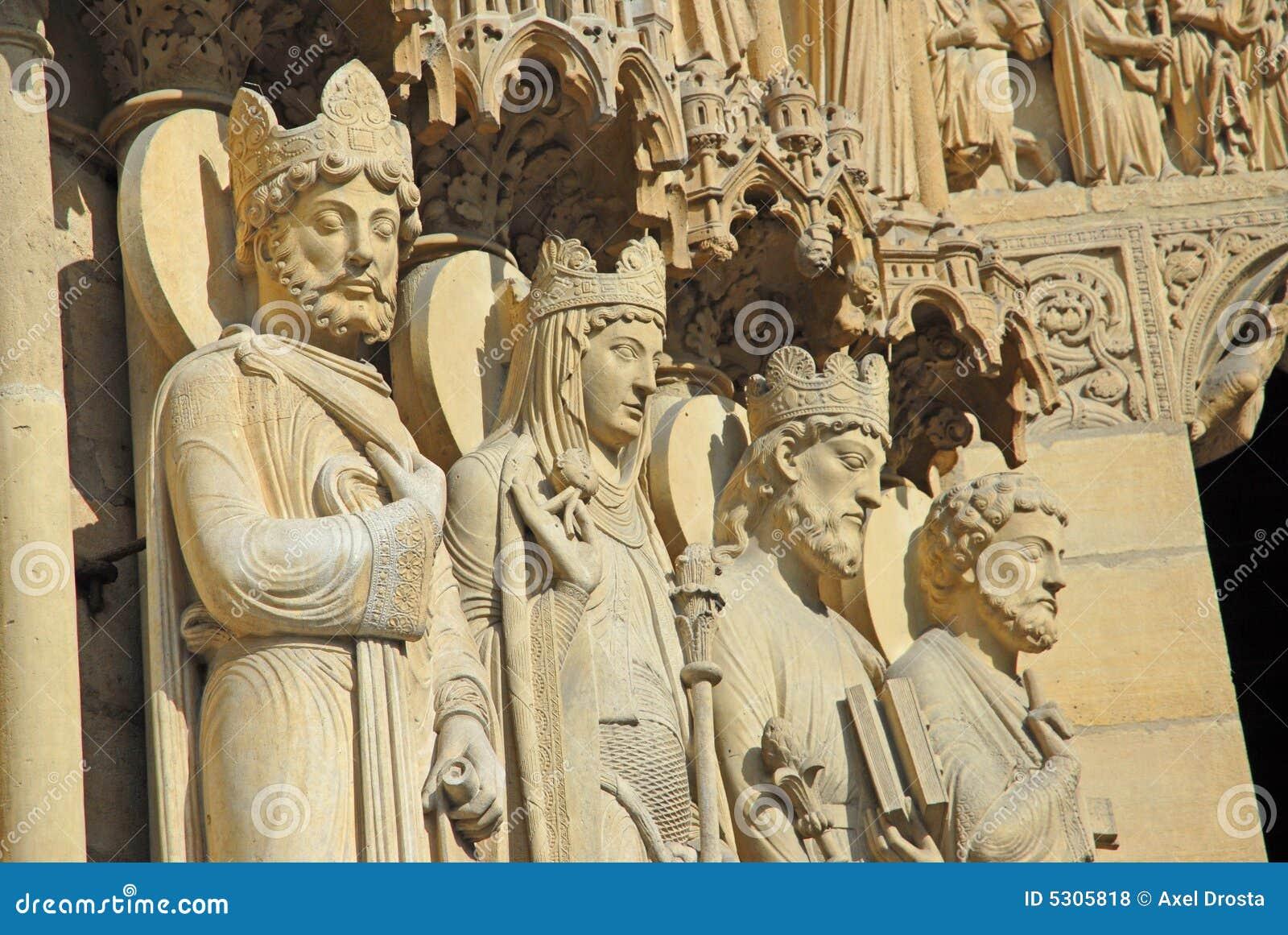 Download Statue Dei San A Notre Dame Fotografia Stock - Immagine di femmina, statua: 5305818