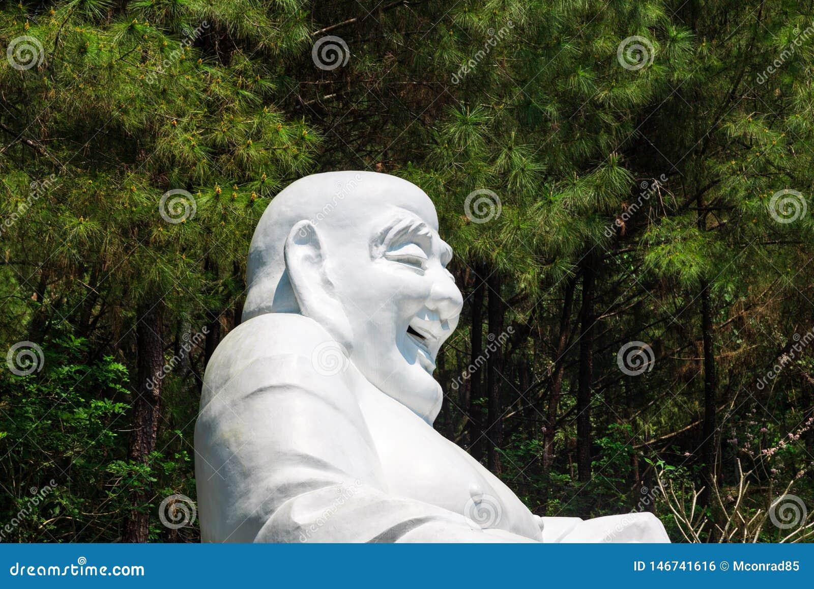 Statue des Lachens von Buddha