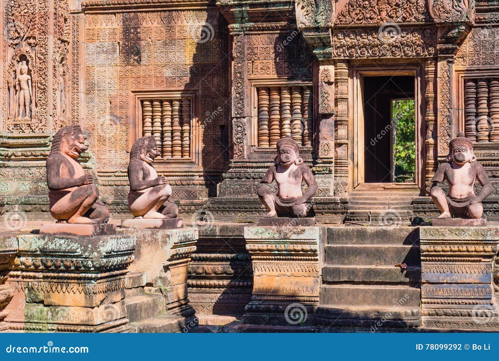 Statue di Buddha di Banteay Srei
