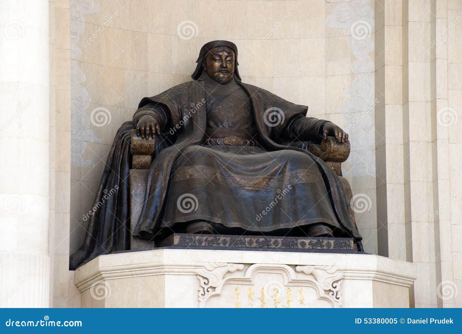 Statue En Bronze Du Grand Empereur Genghis Khan Image éditorial