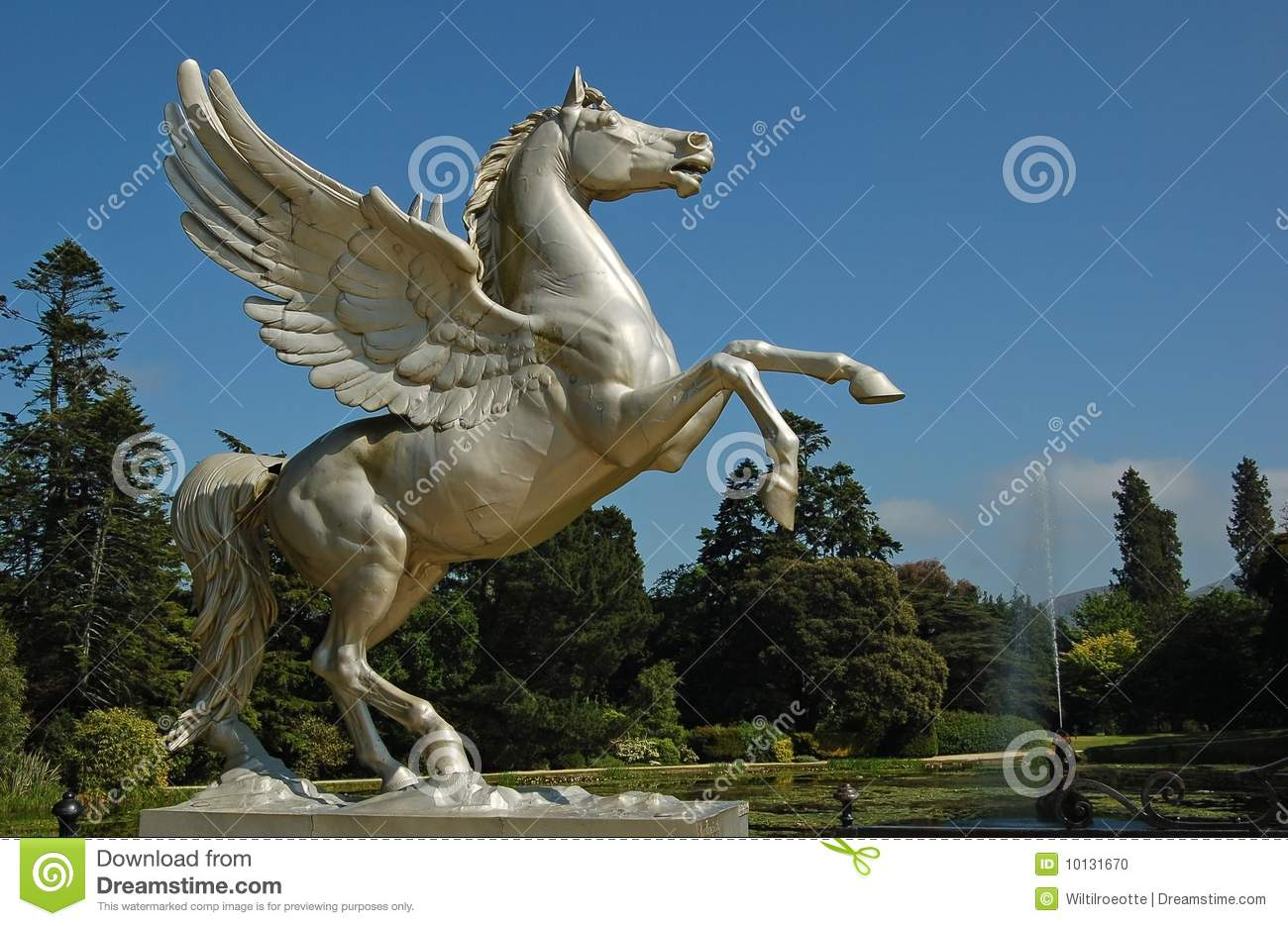 Flying Horse Stock Photos Download 1 502 Images